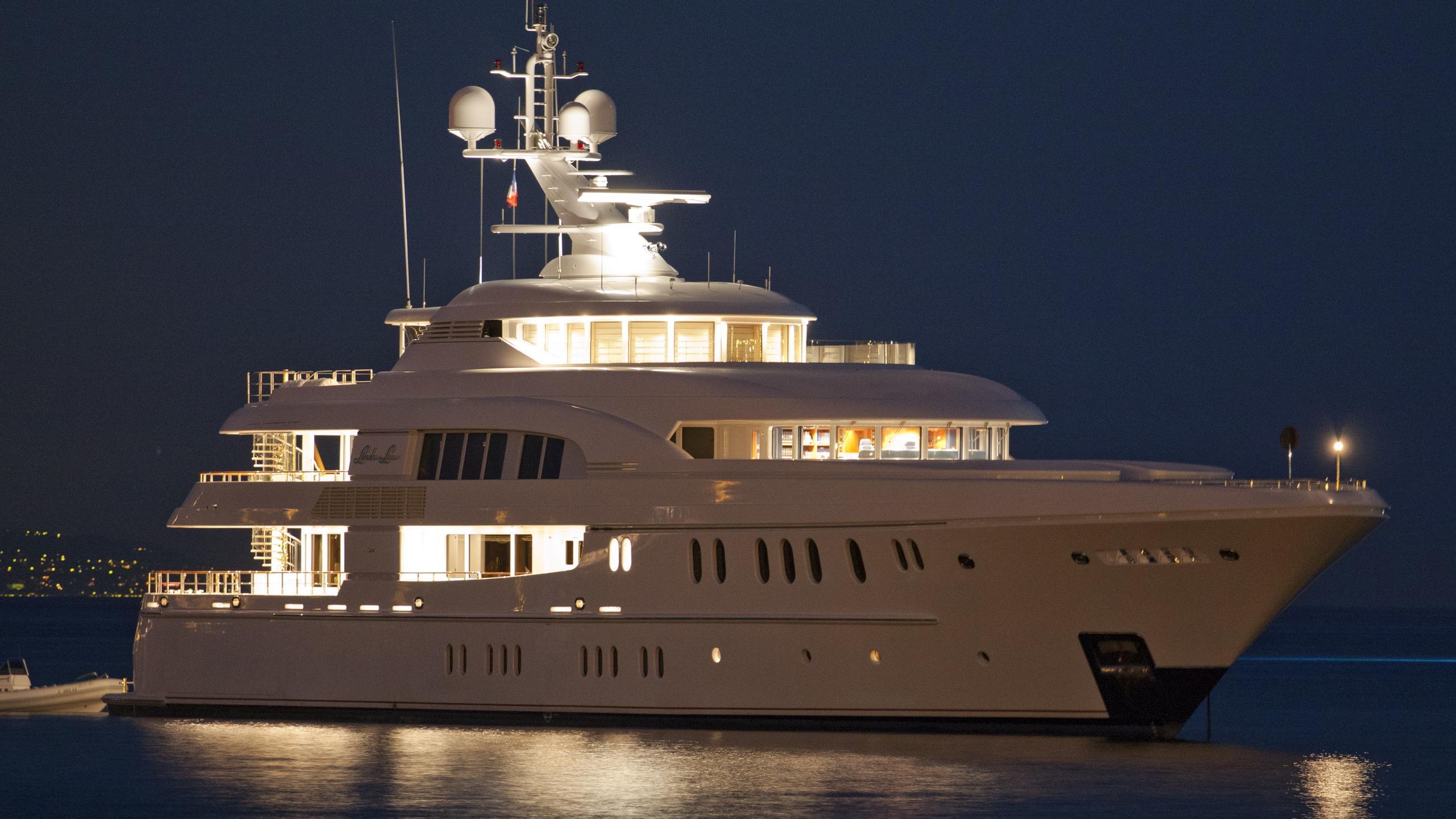 podium-motor-yacht-lurssen-2006-60m-by-night