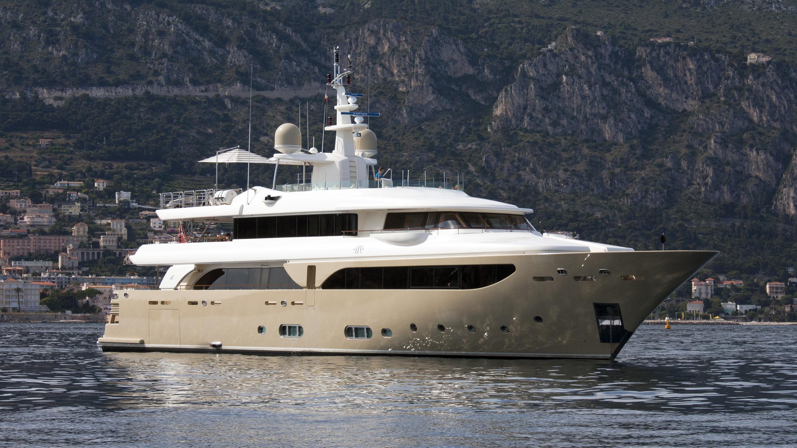sofico-motor-yacht-crn-43m-2009-half-profile