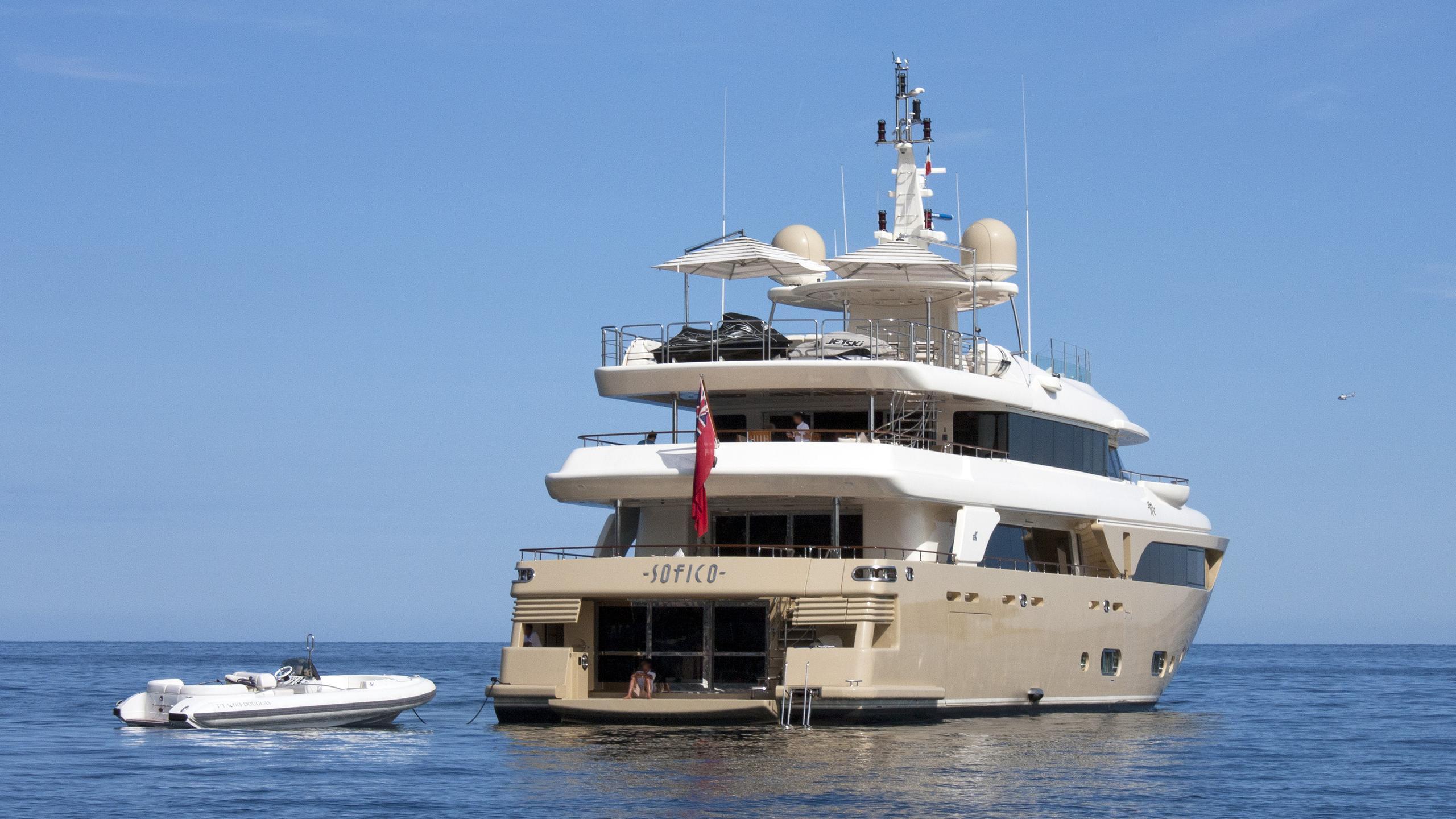sofico-motor-yacht-crn-43m-2009-stern