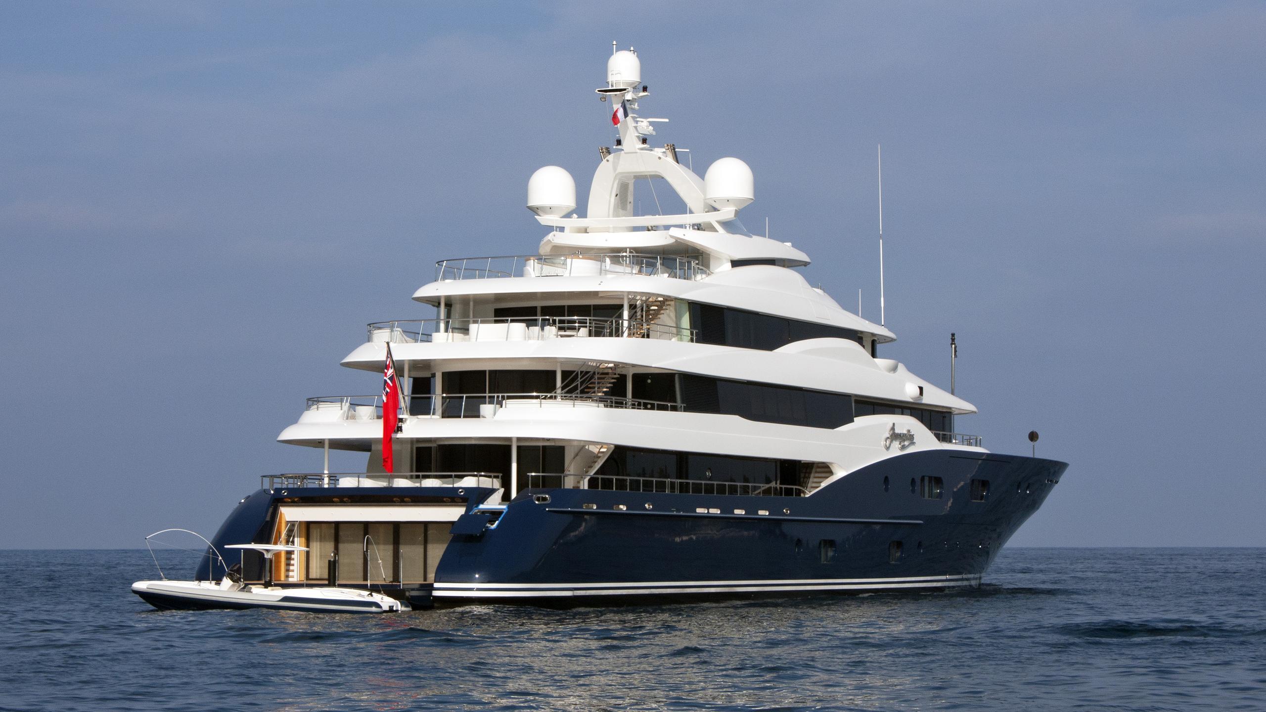 amaryllis-motor-yacht-abeking-rasmussen-2011-78m-stern
