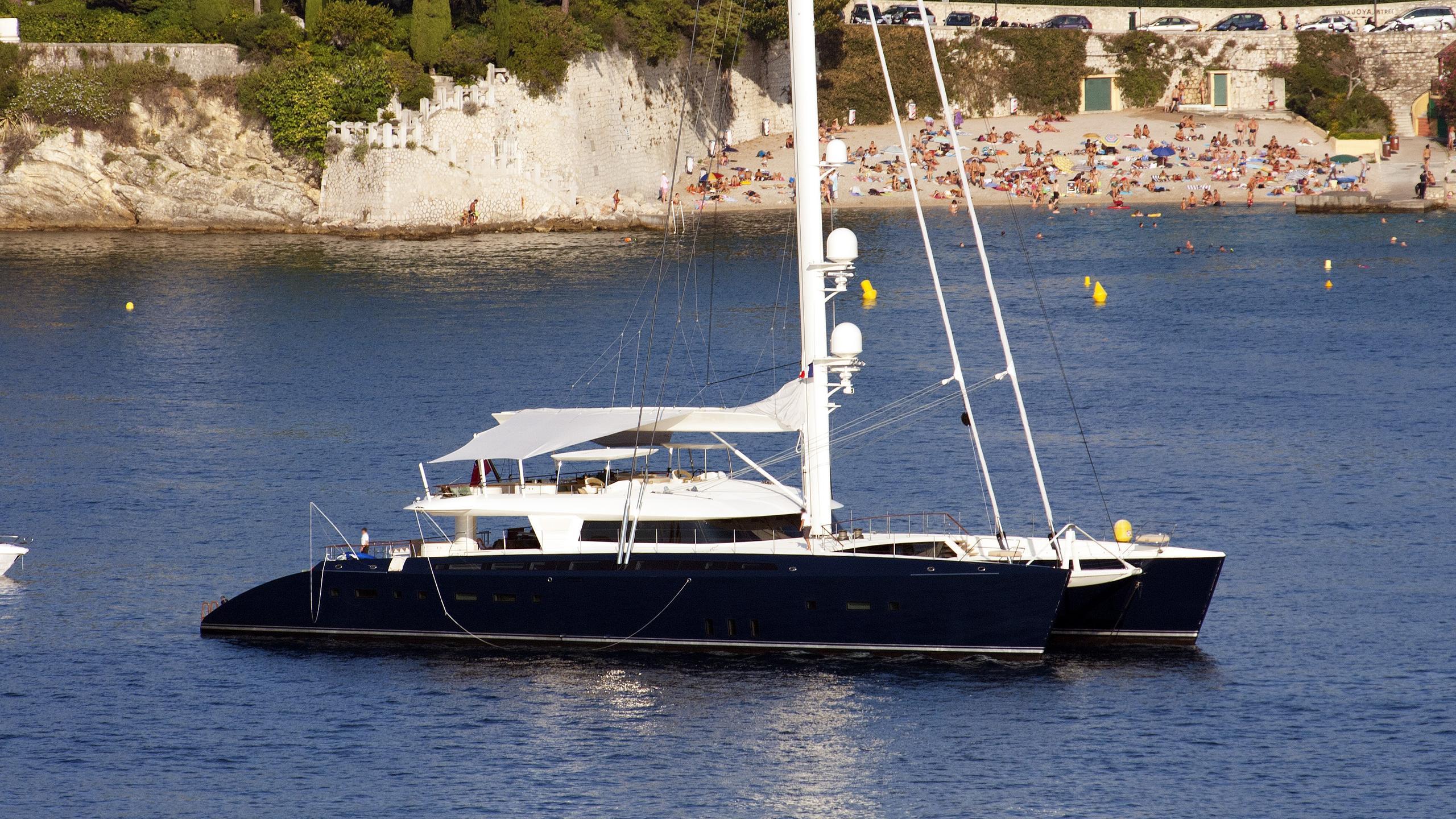 hemisphere-sailing-yacht-pendennis-2011-44m-profile
