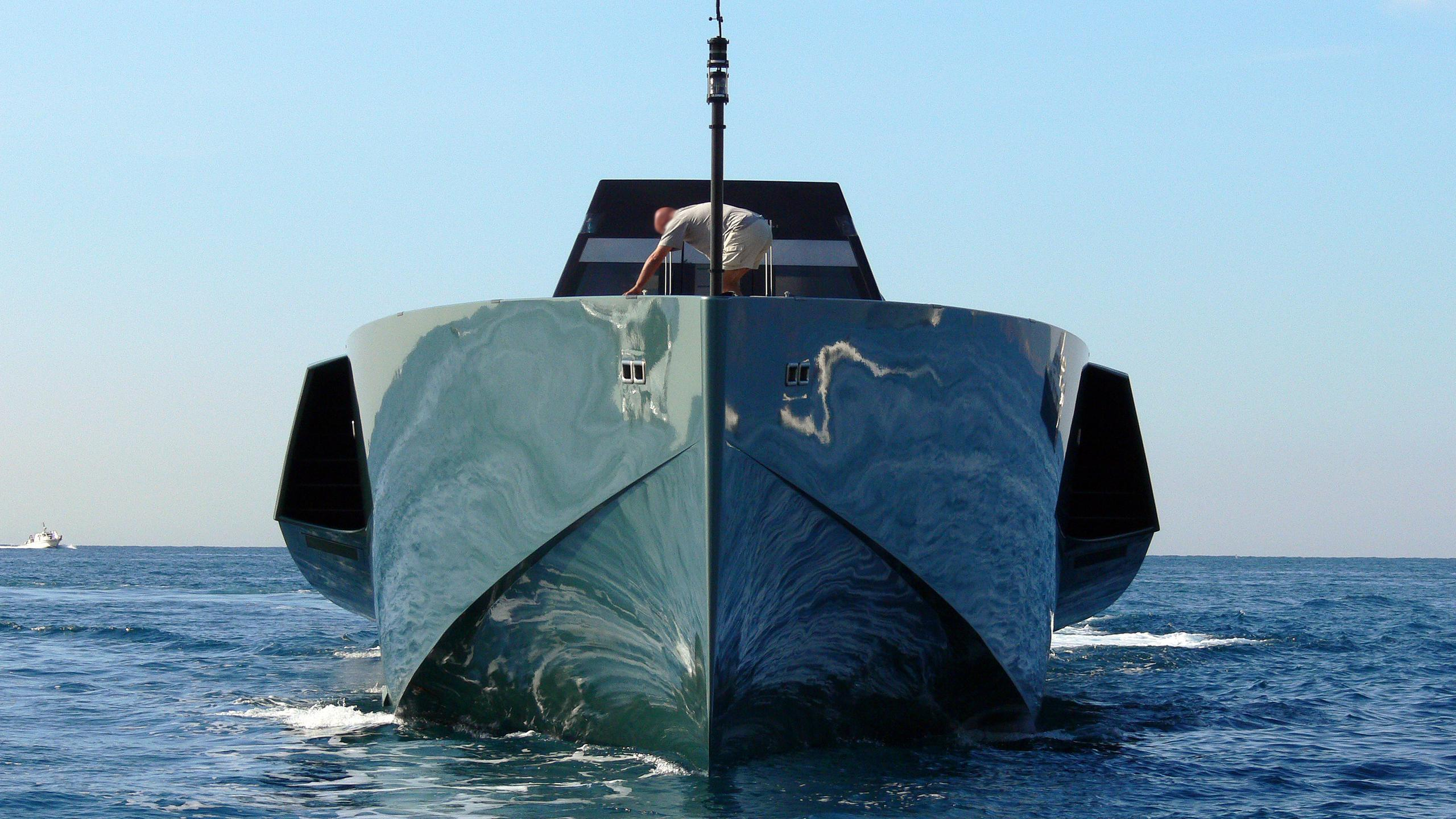 galeocerdo-motor-yacht-wally-power-118-2003-36m-bow.