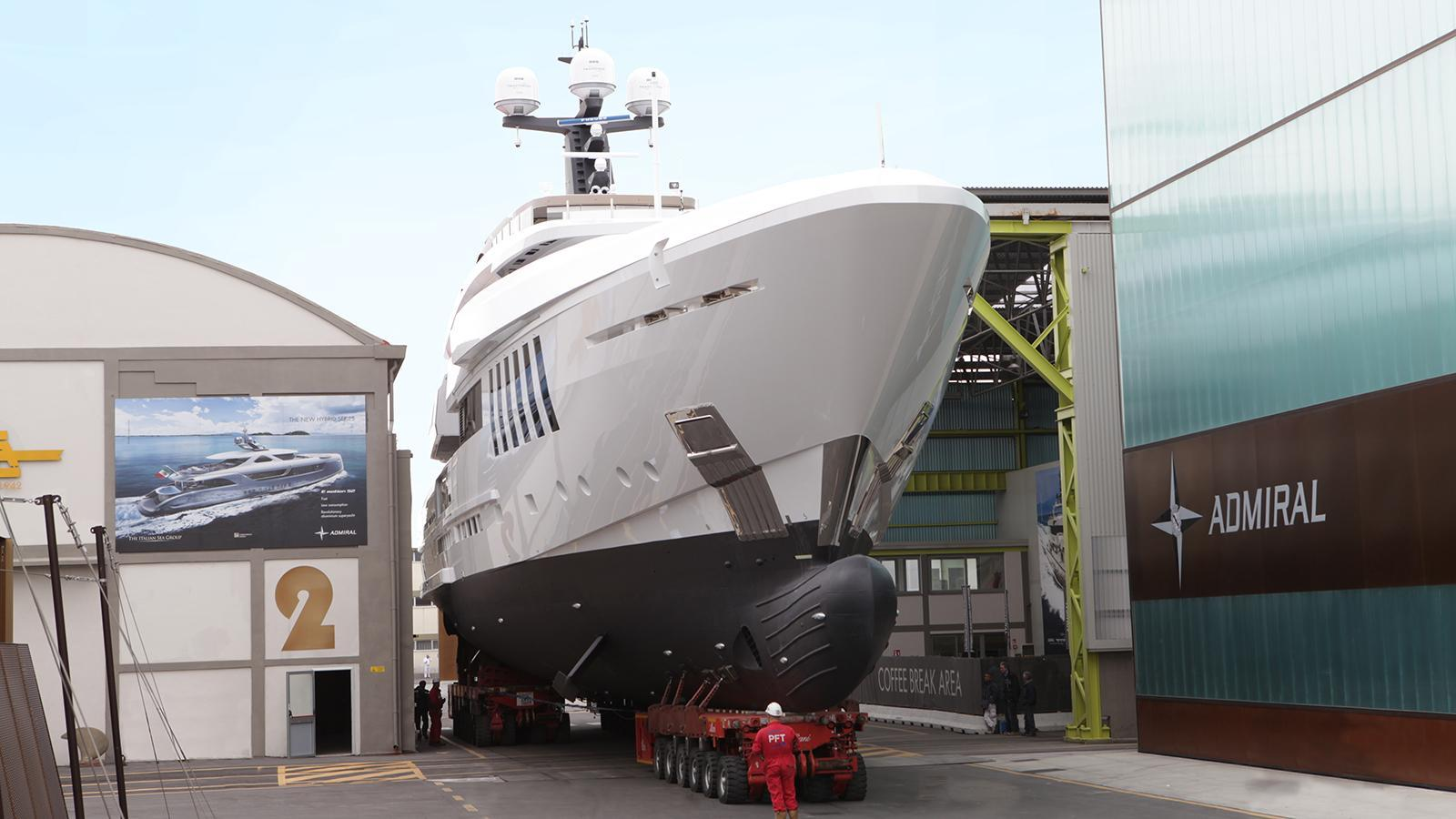 ouranos-motor-yacht-admiral-italian-sea-group-2016-50m-bow-shipyard