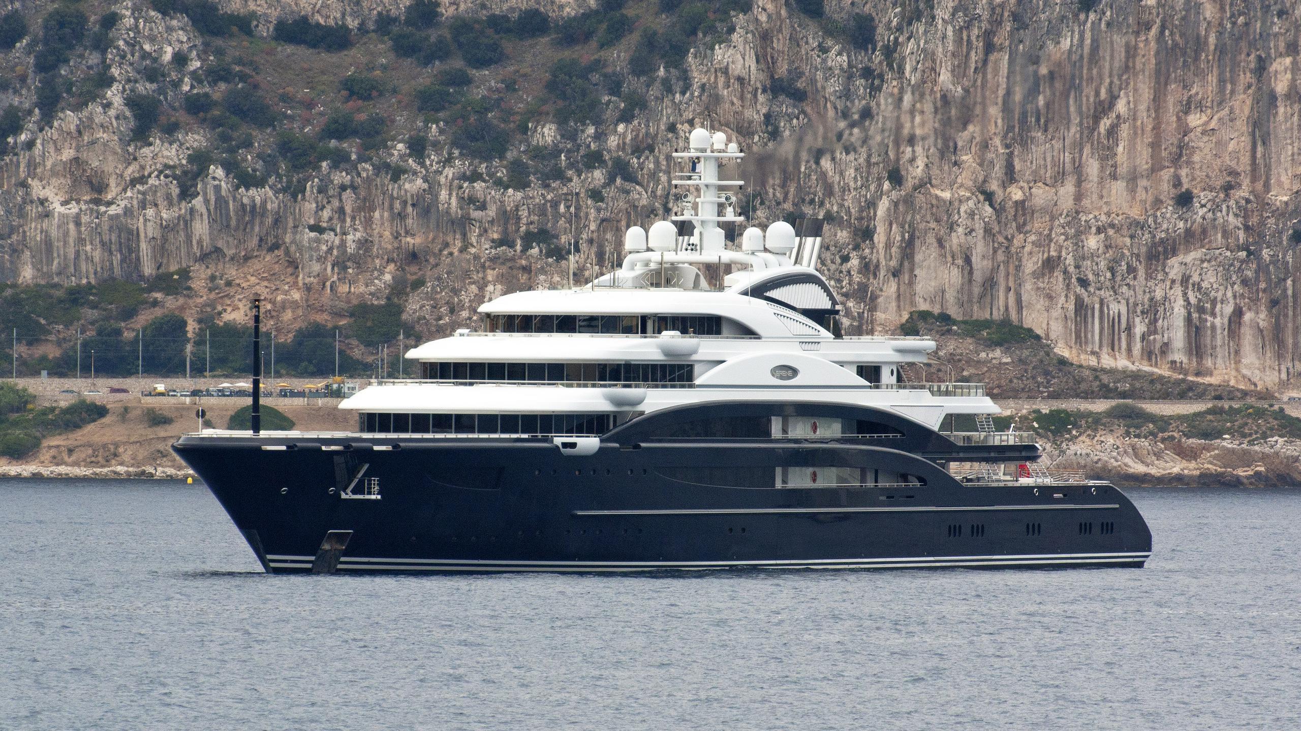 serene-motor-yacht-fincantieri-2011-134m-profile-1
