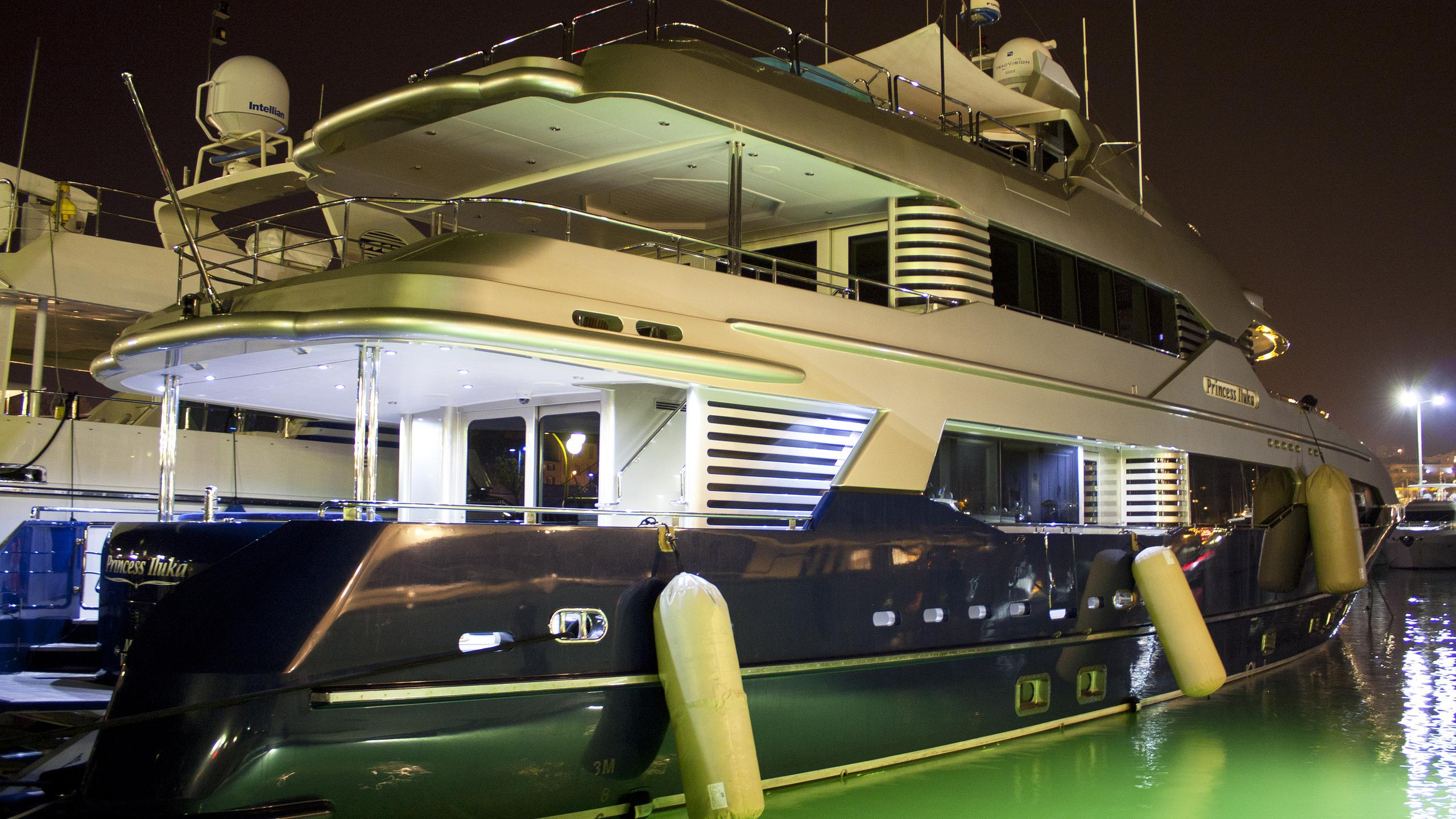 princess-iluka-motor-yacht-kemp-r-1979-37m-half-profile