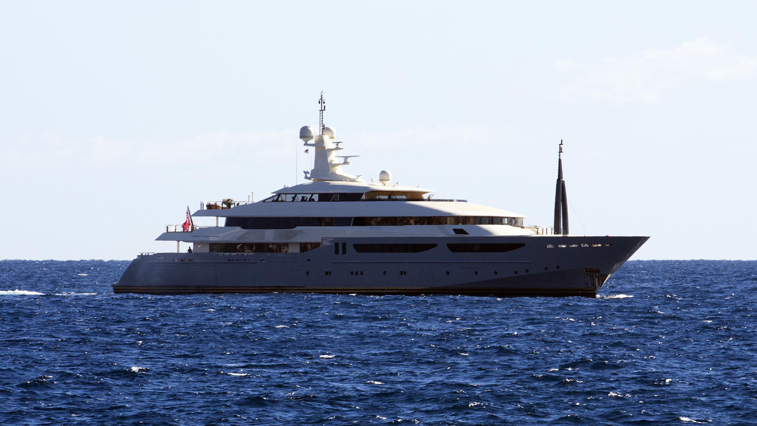 azteca-motor-yacht-crn-2009-72m-profile