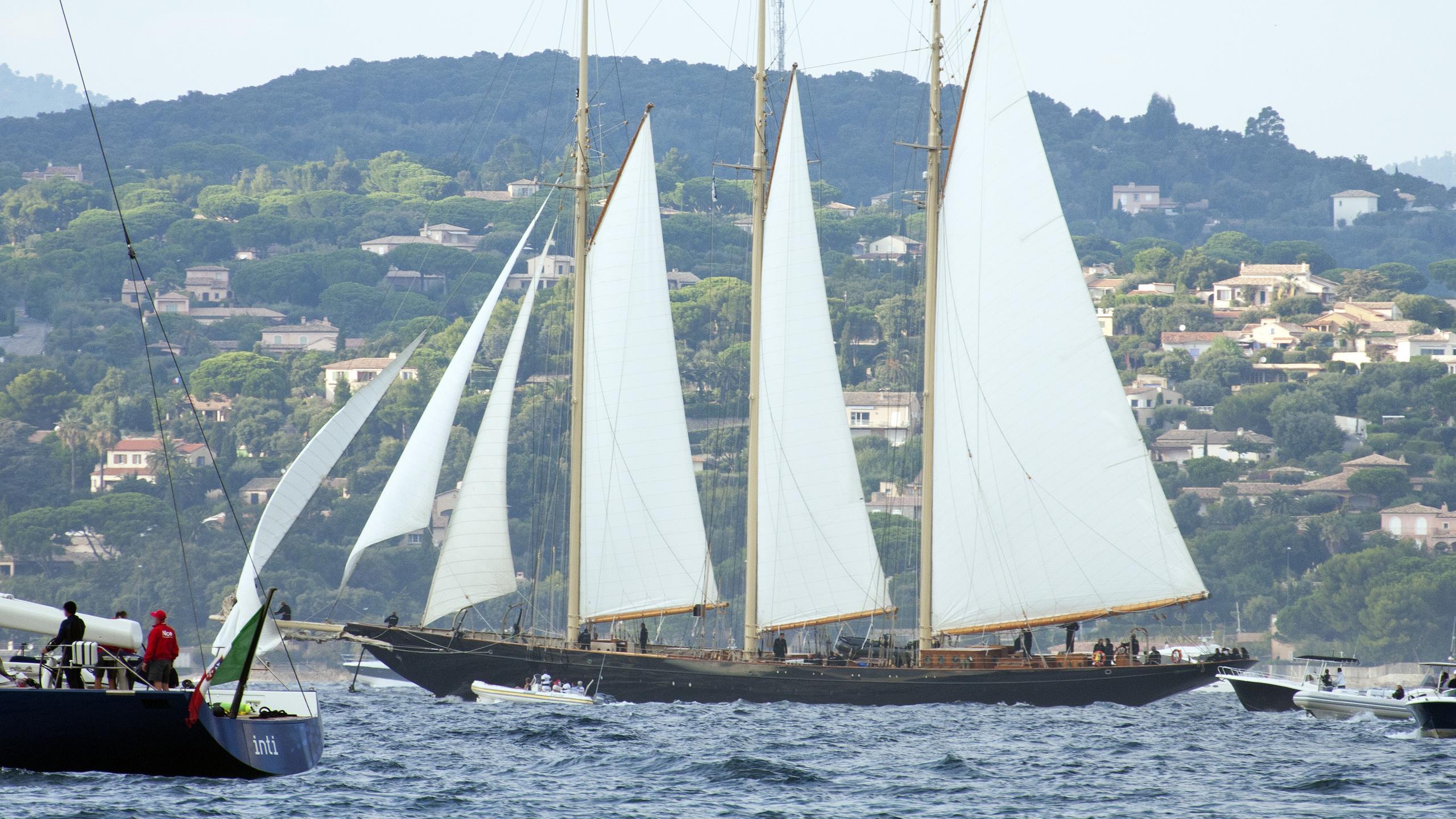 atlantic-sailing-yacht-graafship-2010-69m-running