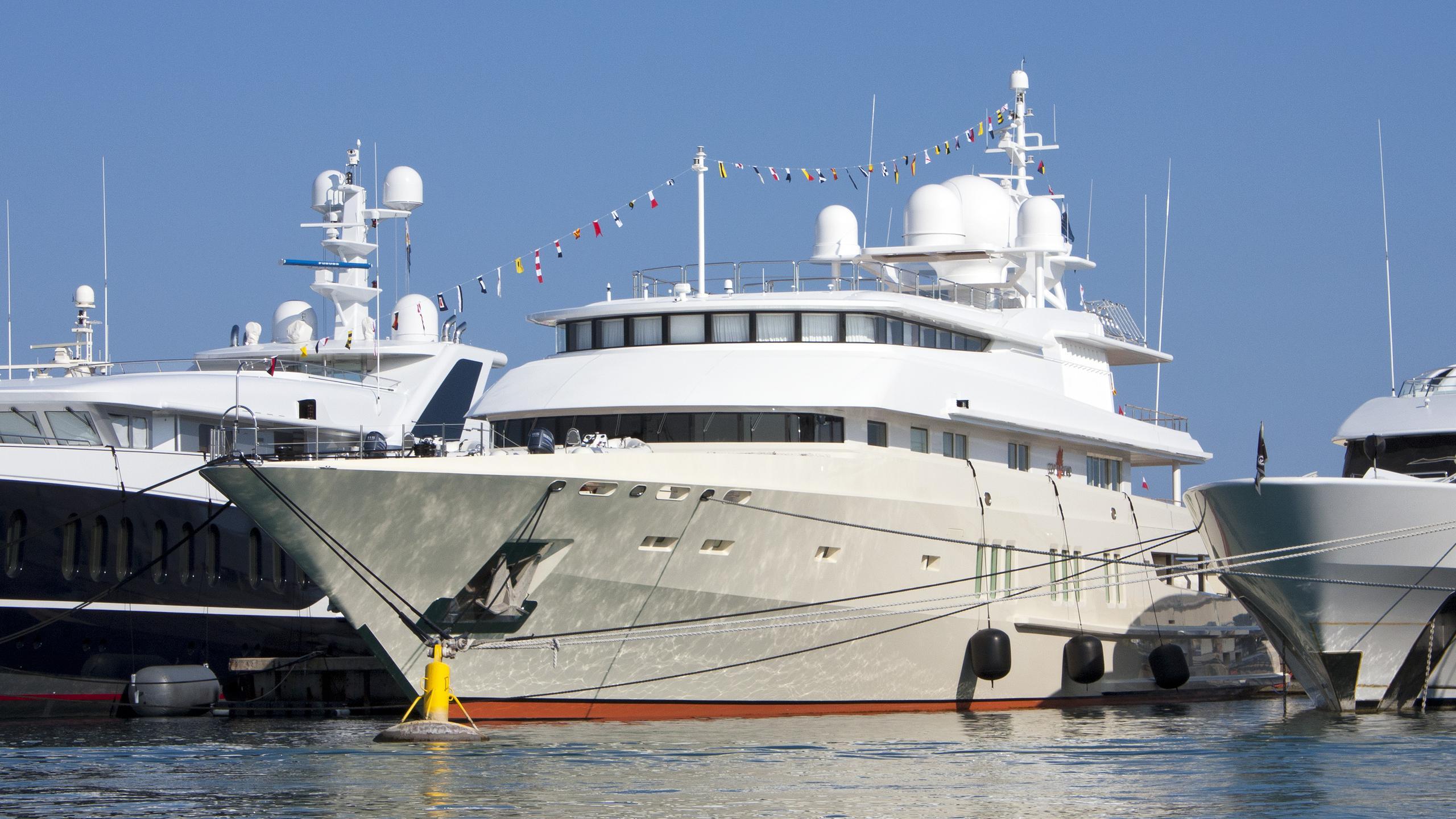 coral-island-motor-yacht-lurssen-1994-73m-half-profile