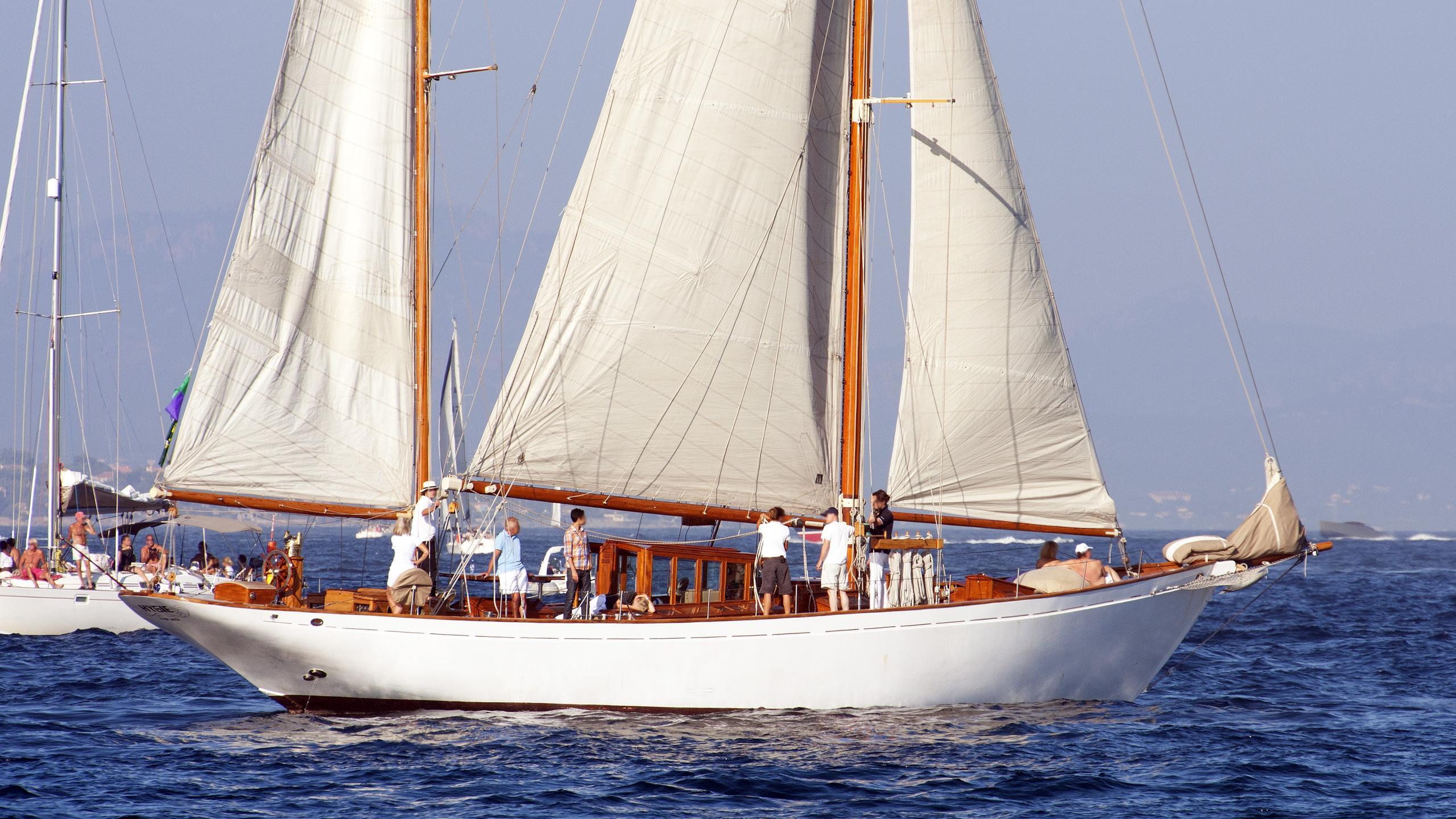 hygie-sailing-yacht-le-marchand-1930-24m-profile