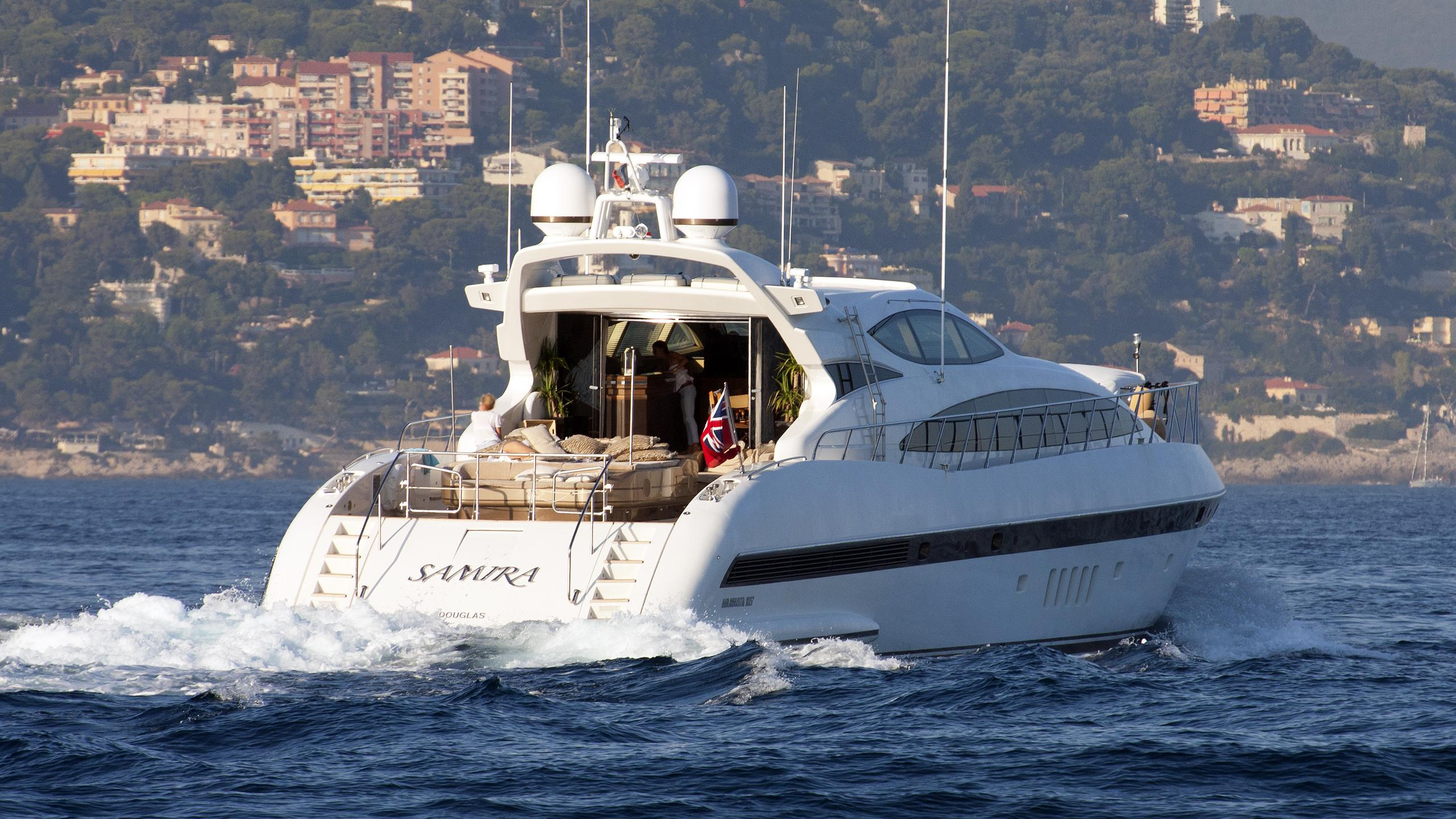 samira-motor-yacht-overmarine-mangusta-105-sport-2006-31m-stern