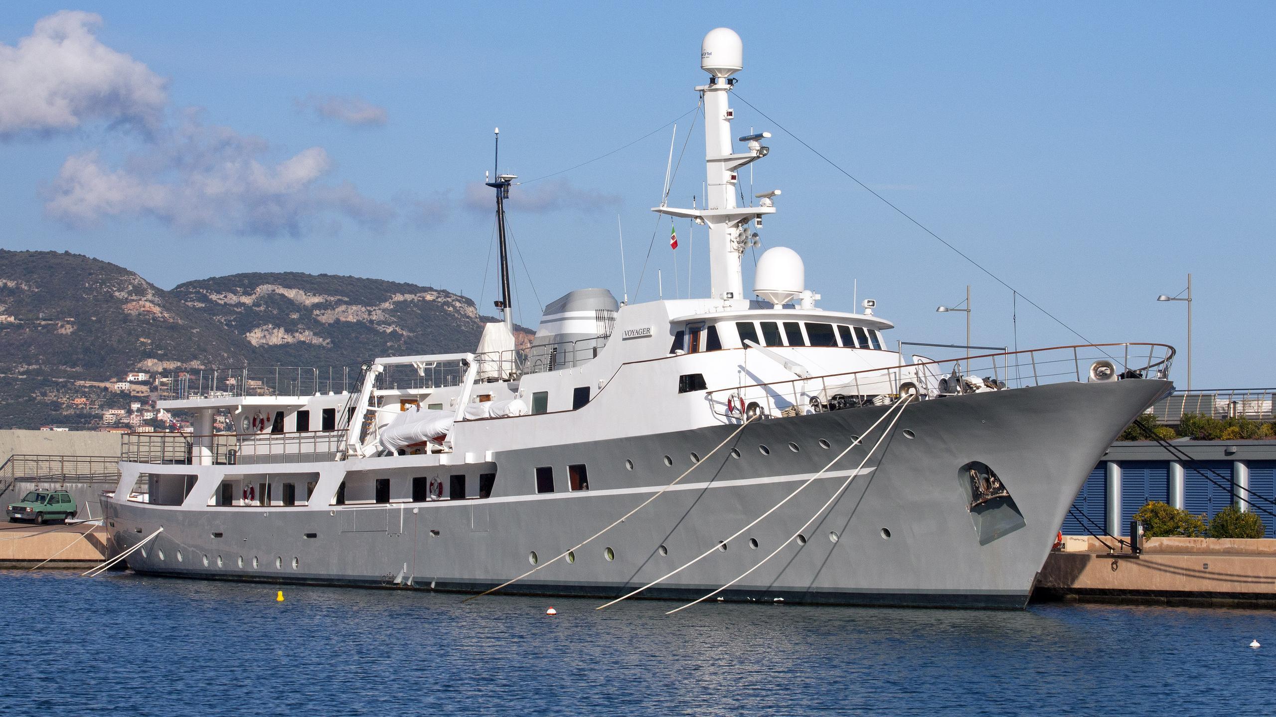 voyager-explorer-yacht-celaya-1973-62m-half-profile