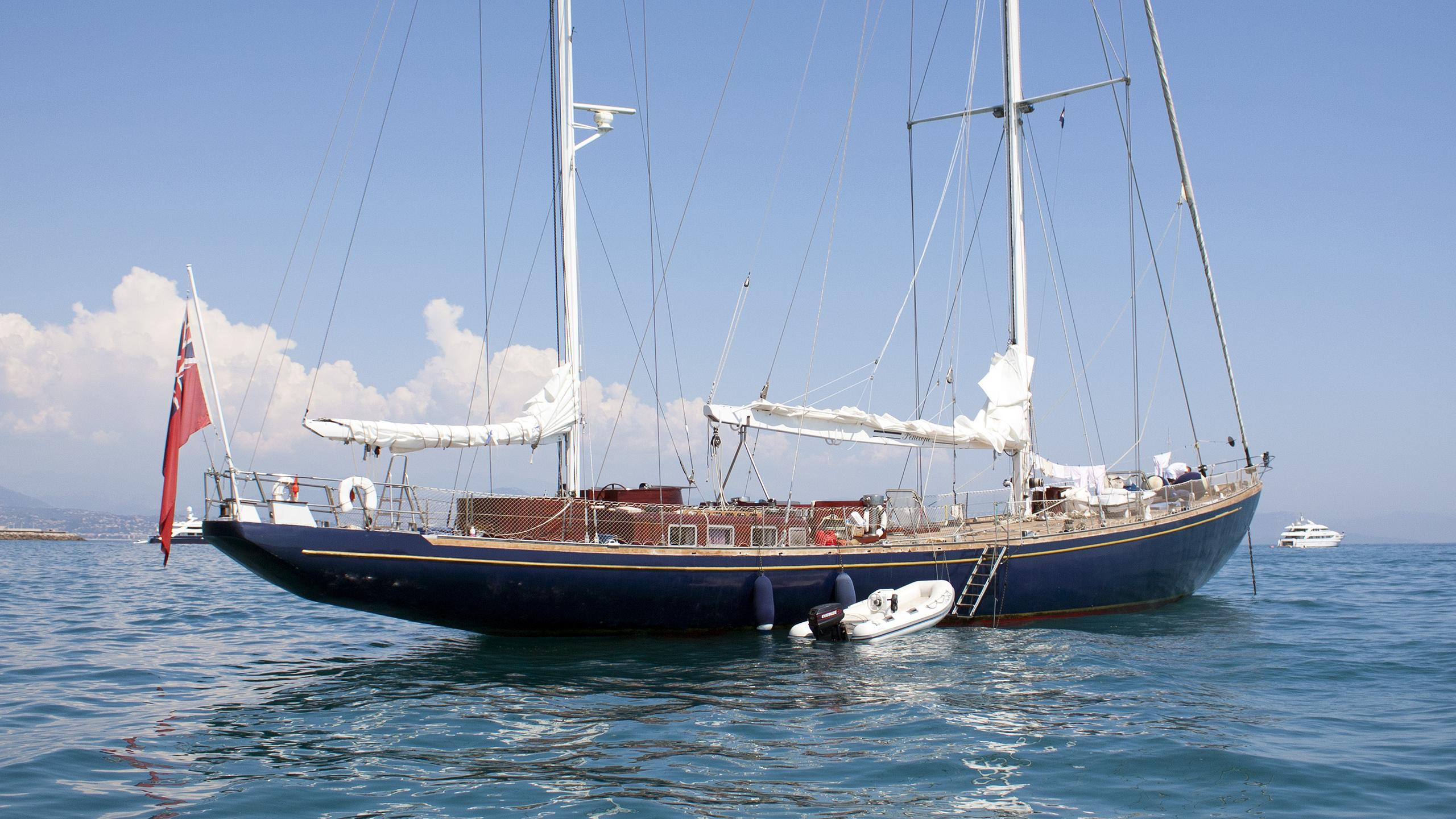 penelope-sailing-yacht-perriere-1968-39m-stern
