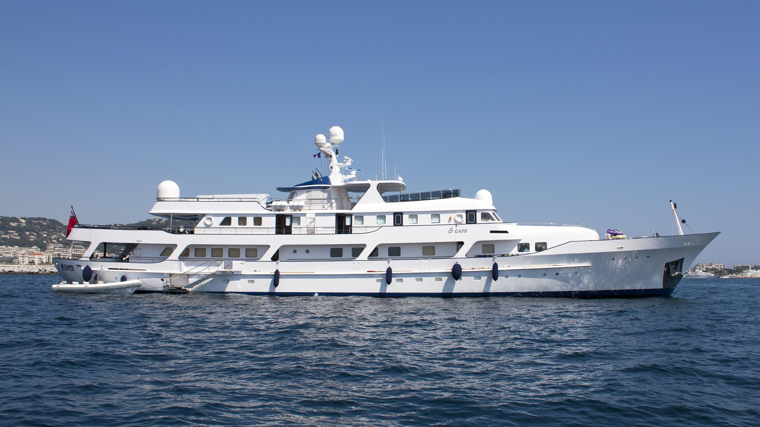 meserret-ii-motor-yacht-cammenga-1978-57m-profile