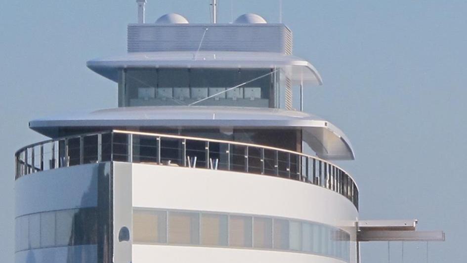 Steve Jobs superyacht Venus bow