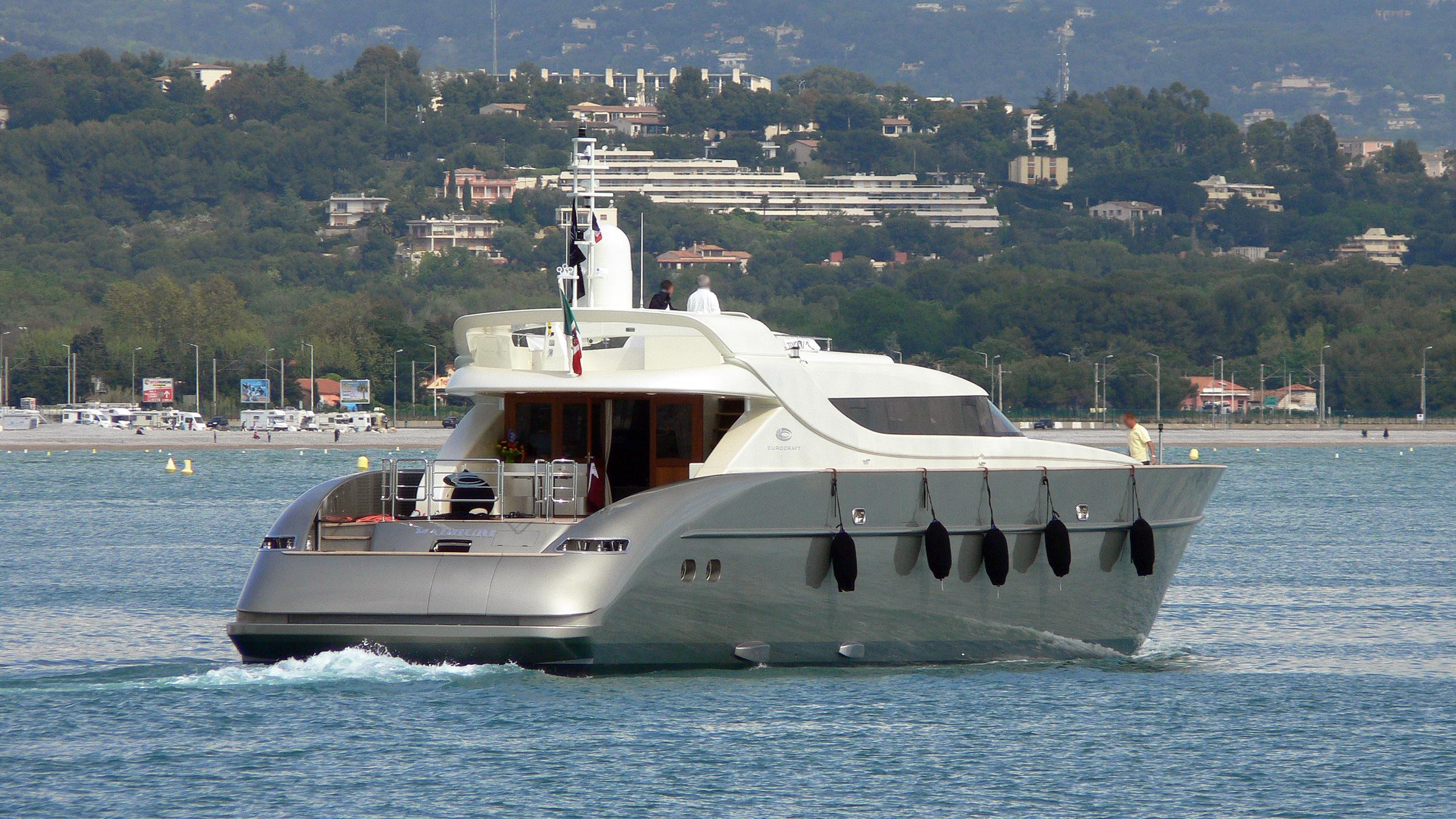 a2-madhuri-motor-yacht-eurocraft-36m-open-2008-38m-stern