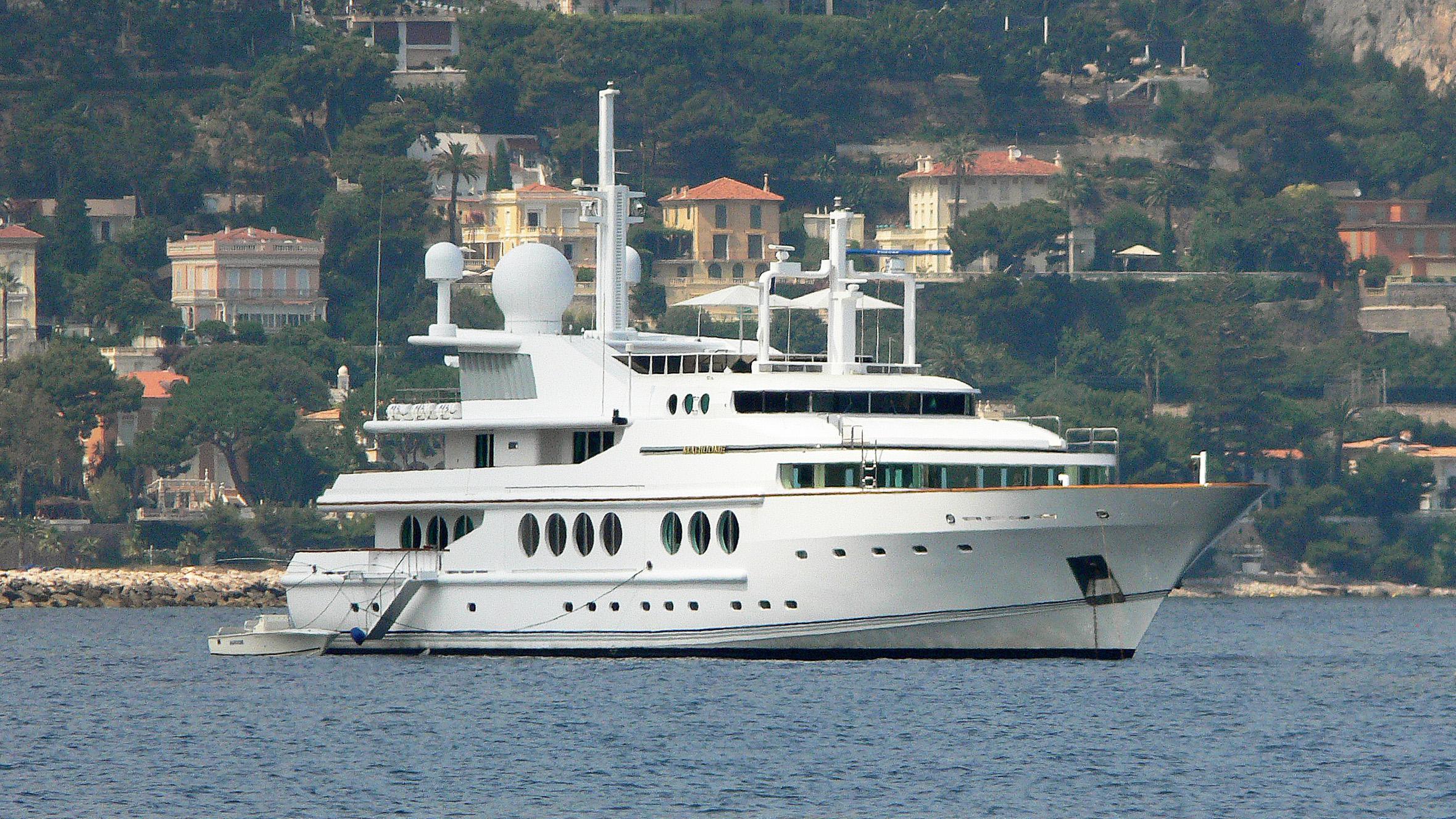 maridome-motor-yacht-brooke-1989-54m-half-profile
