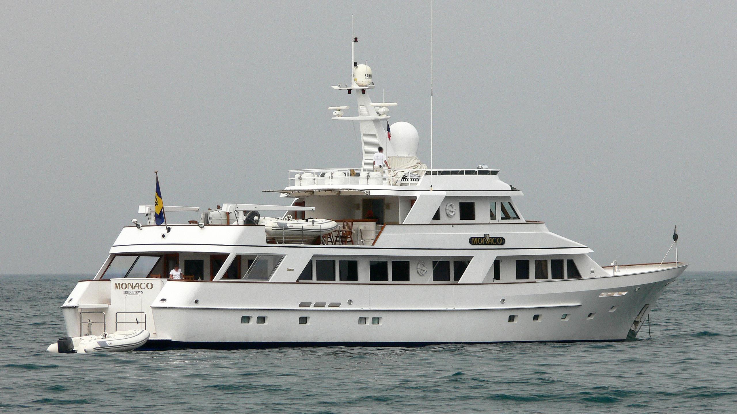 monaco-motor-yacht-feadship-1981-38m-half-profile