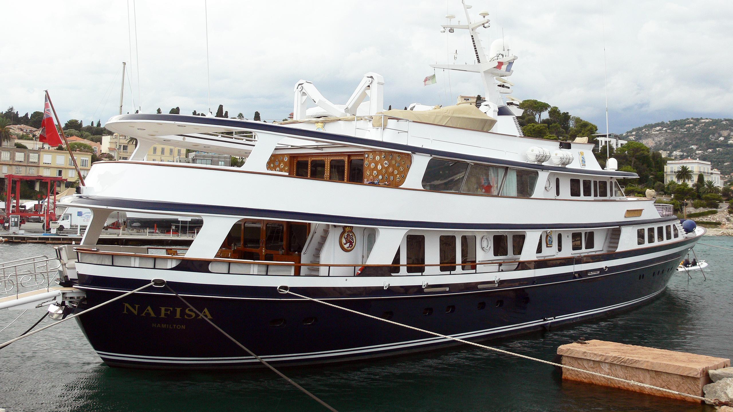 nafisa-motor-yacht-schweers-1986-49m-stern