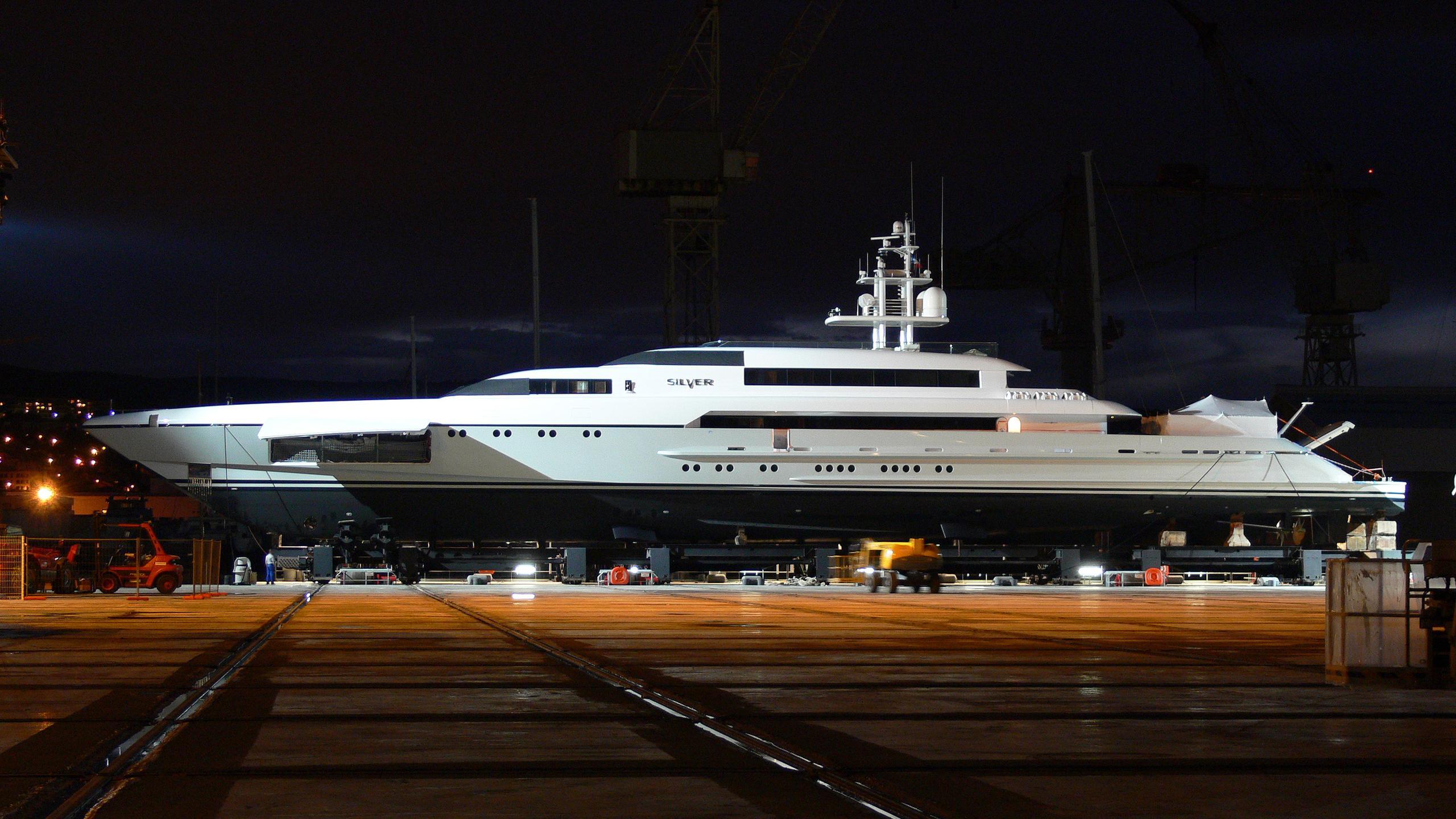 rabdan-motor-yacht-silver-2007-73m-profile-shipyard-by-night