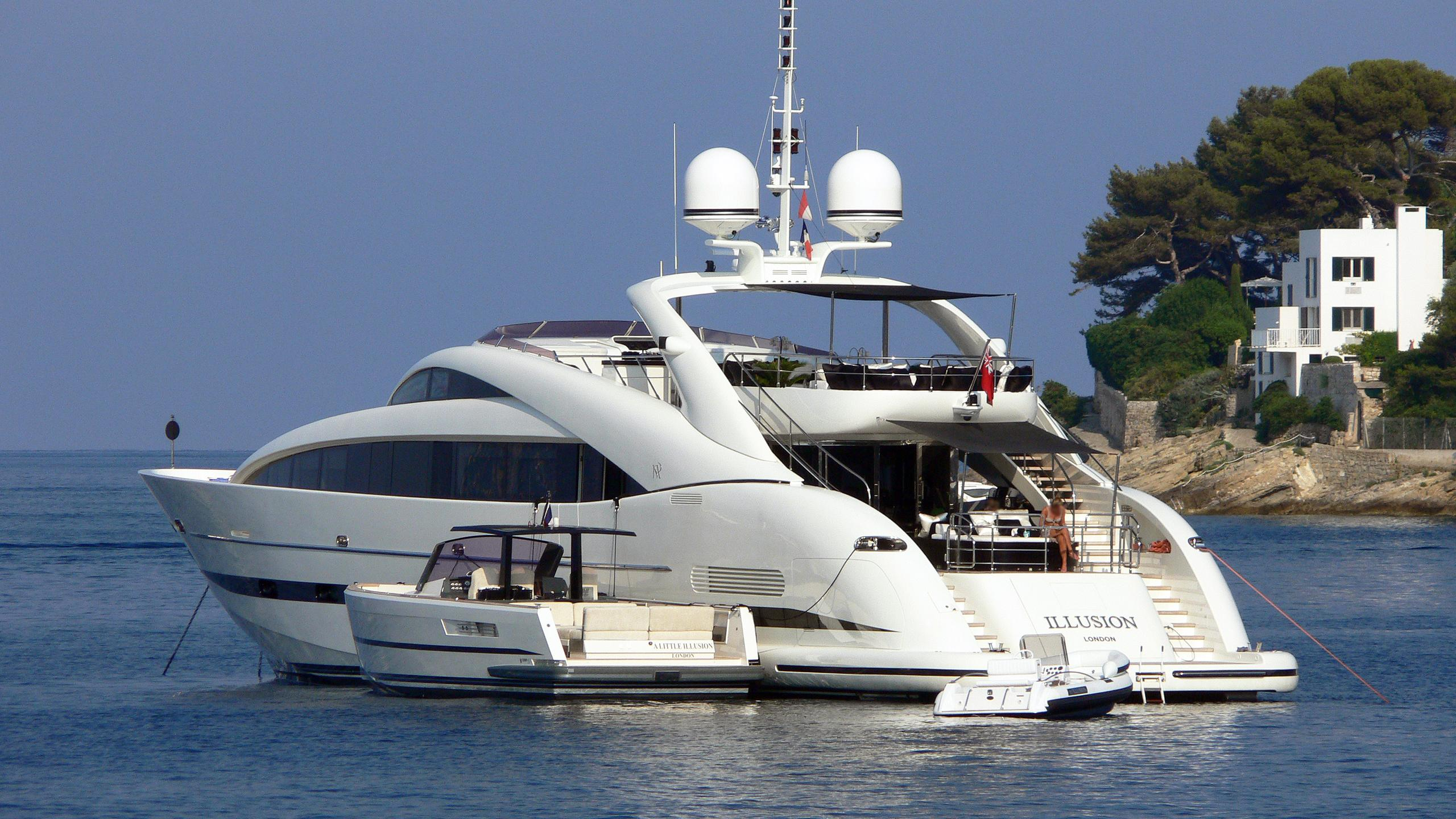 sealyon-motor-yacht-isa-120-2007-36m-tender-stern