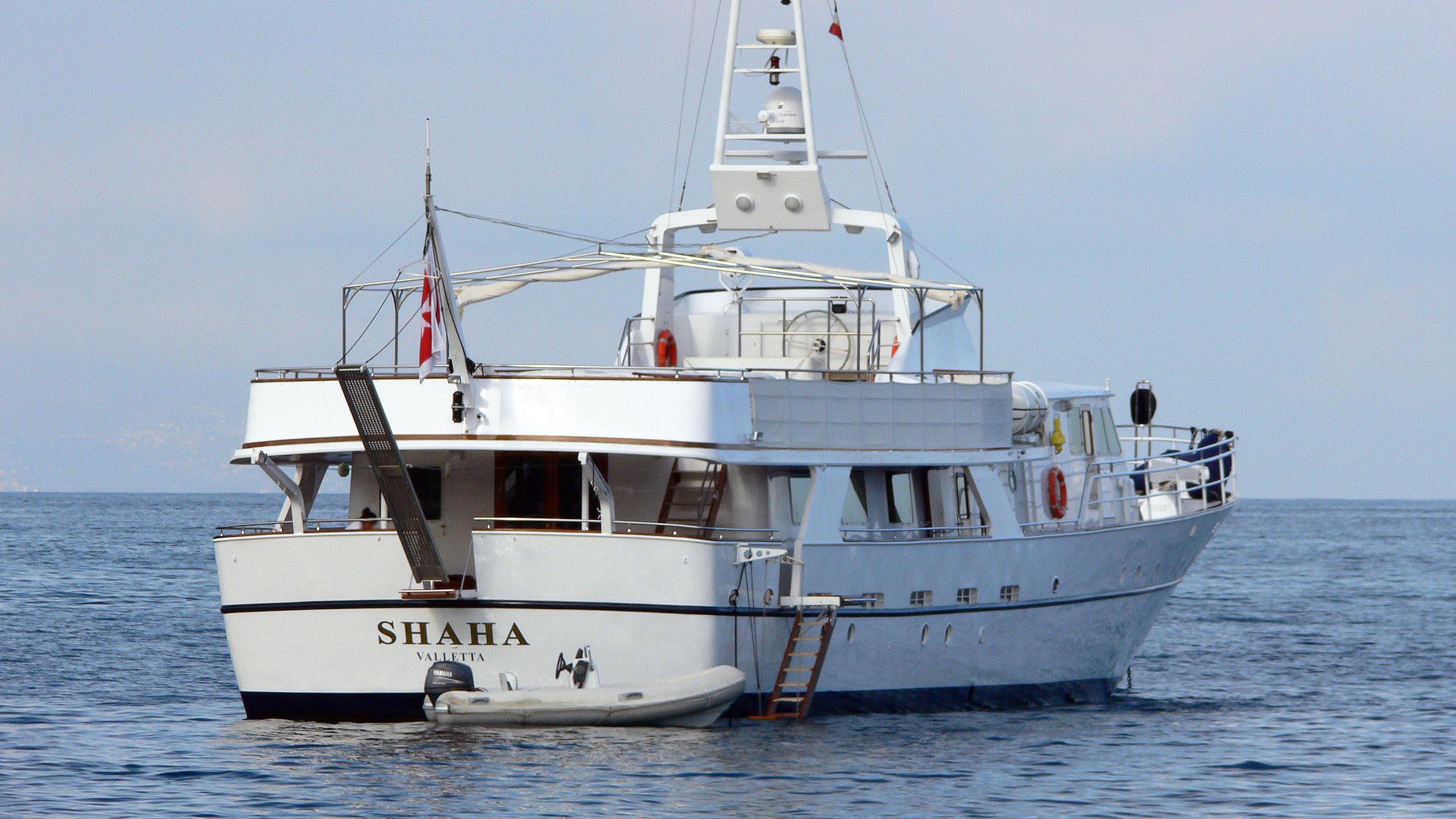 shaha-motor-yacht-socarenam-1978-34m-stern