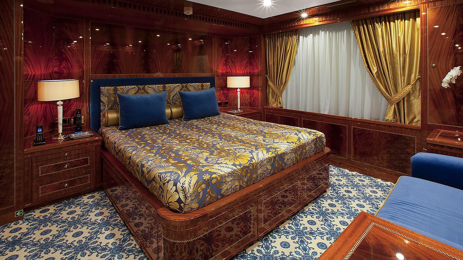 gazzella-motor-yacht-codecasa-2015-50m-suite
