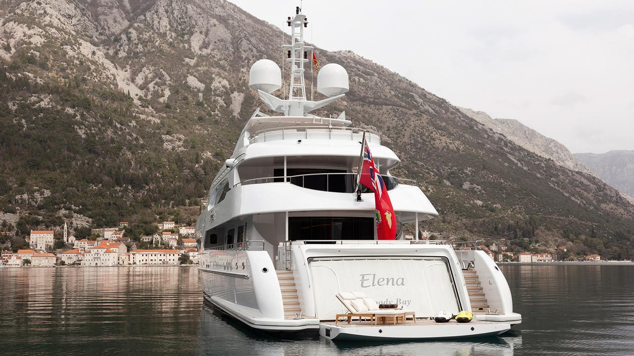 elena-motor-yacht-heesen-2014-47m-stern