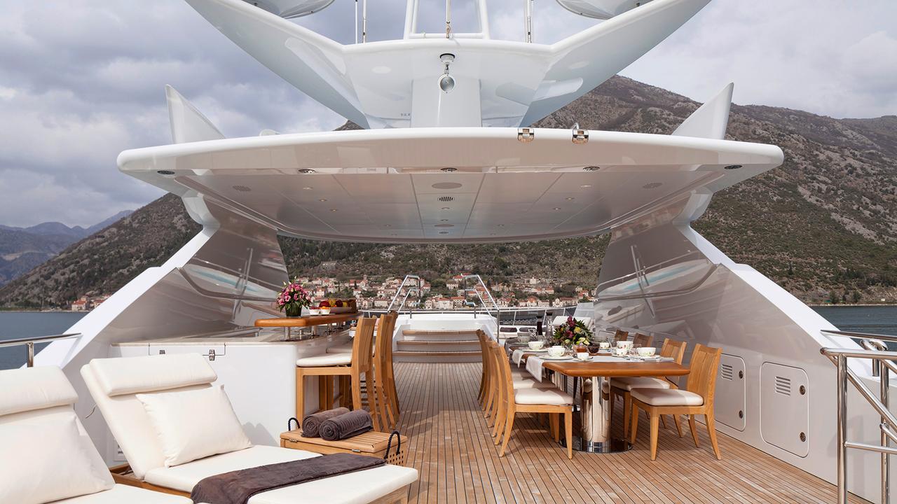 elena-motor-yacht-heesen-2014-47m-upper-deck