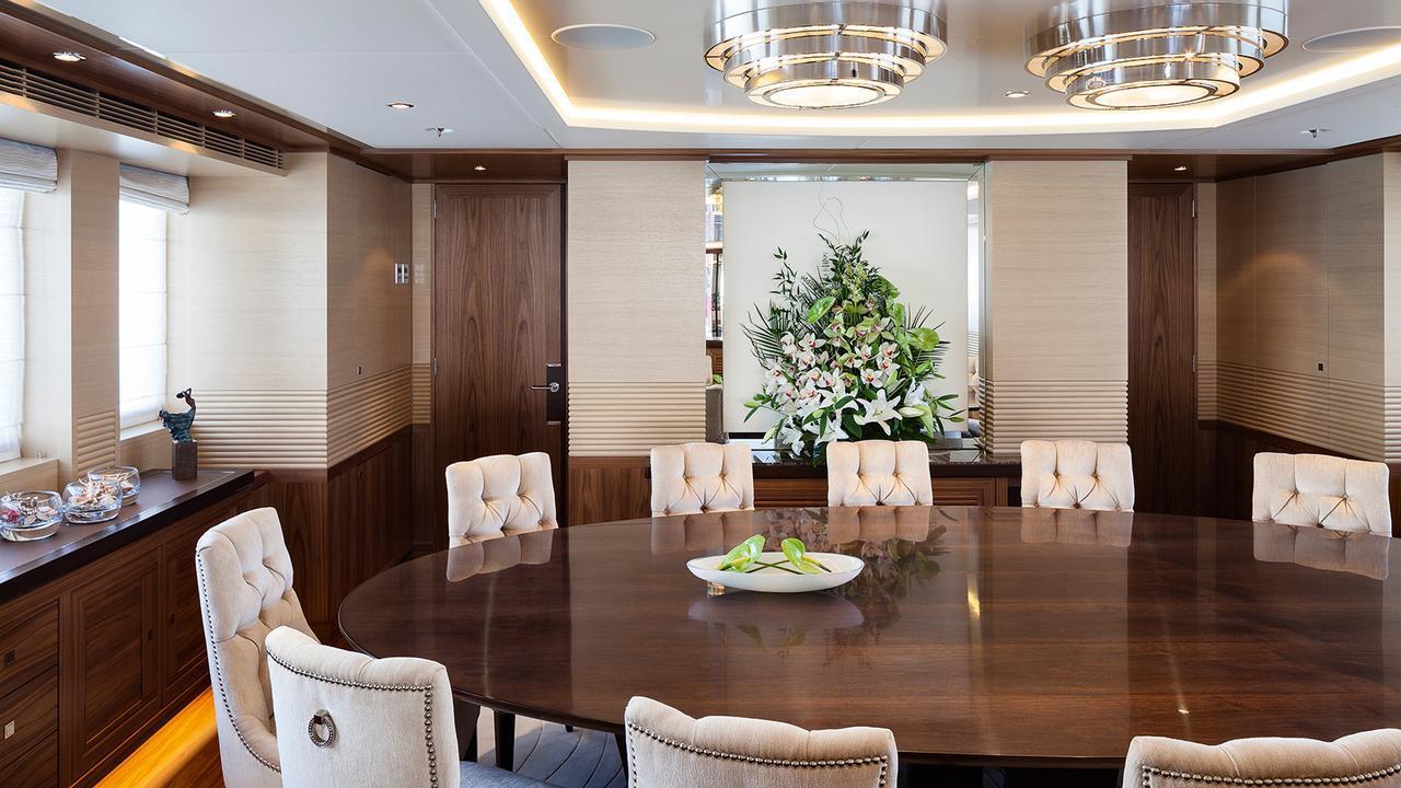 elena-motor-yacht-heesen-2014-47m-dining-room