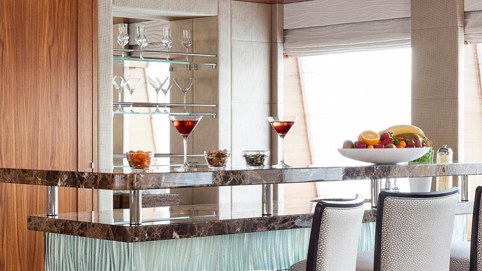 elena-motor-yacht-heesen-2014-47m-bar