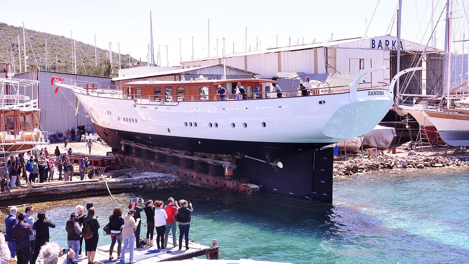 zanziba-sailing-yacht-archipelago-46m-2015-launch-hull
