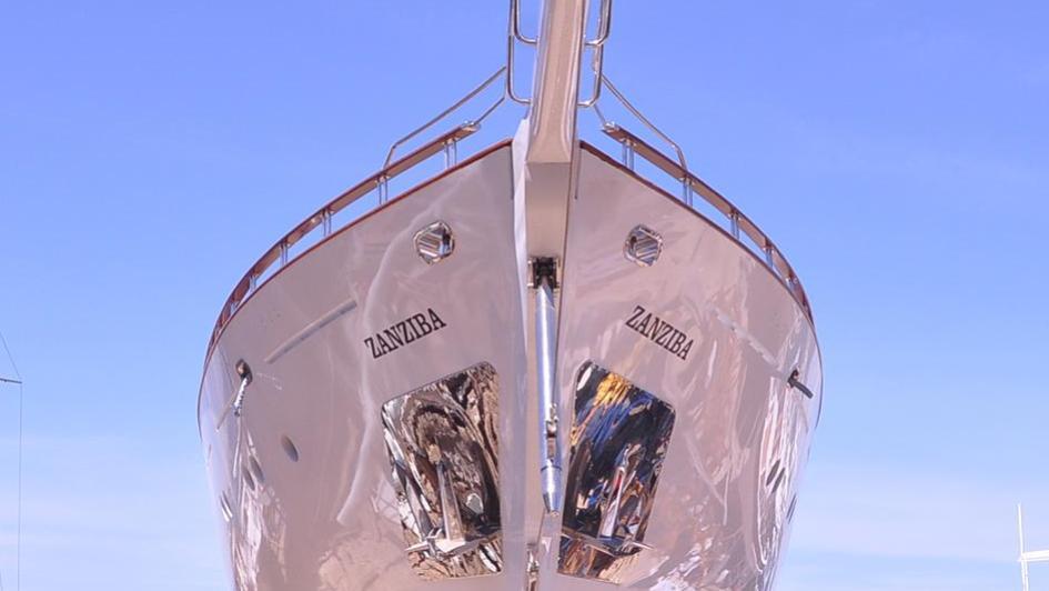 zanziba-sailing-yacht-archipelago-46m-2015-bow