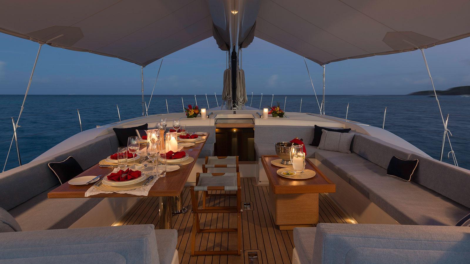 farfalla-sailing-yacht-southern-wind-2014-32m-exterior-dining