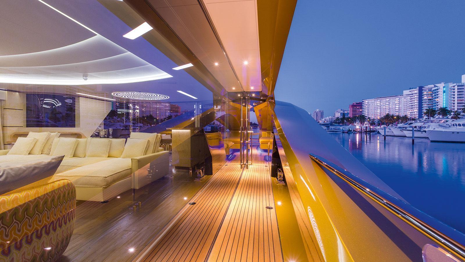 khaliha-motor-yacht-palmer-johnson-super-sport-48-2014-49m-windows