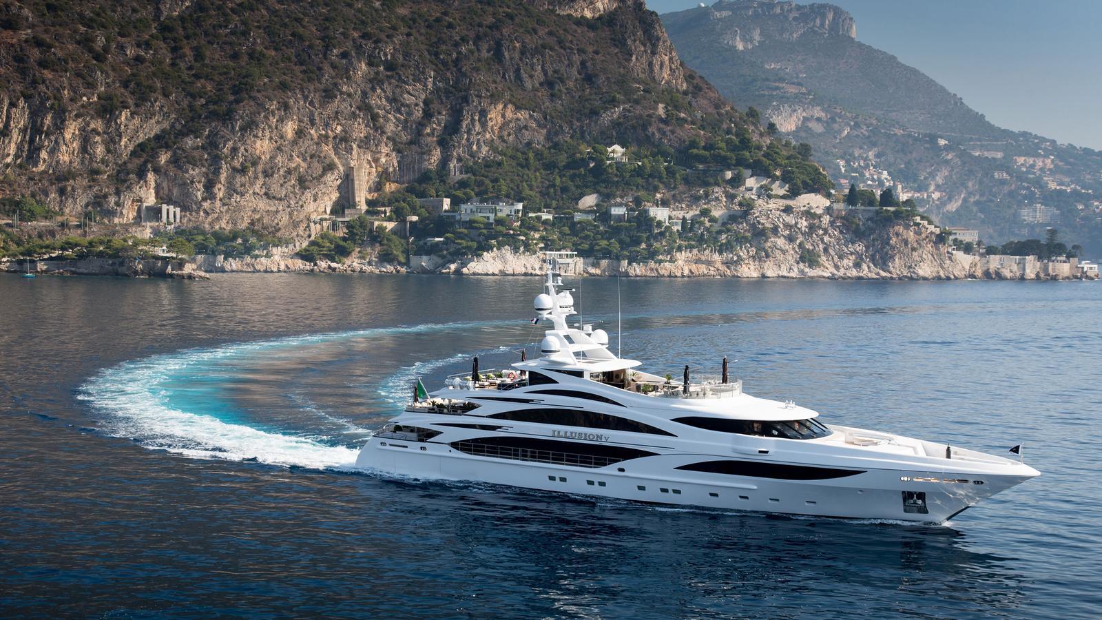 illusion-v-motor-yacht-benetti-2014-58m-cruising-profile