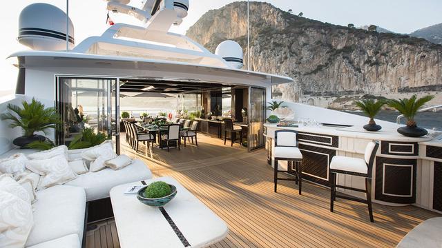 illusion-v-motor-yacht-benetti-2014-58m-exterior