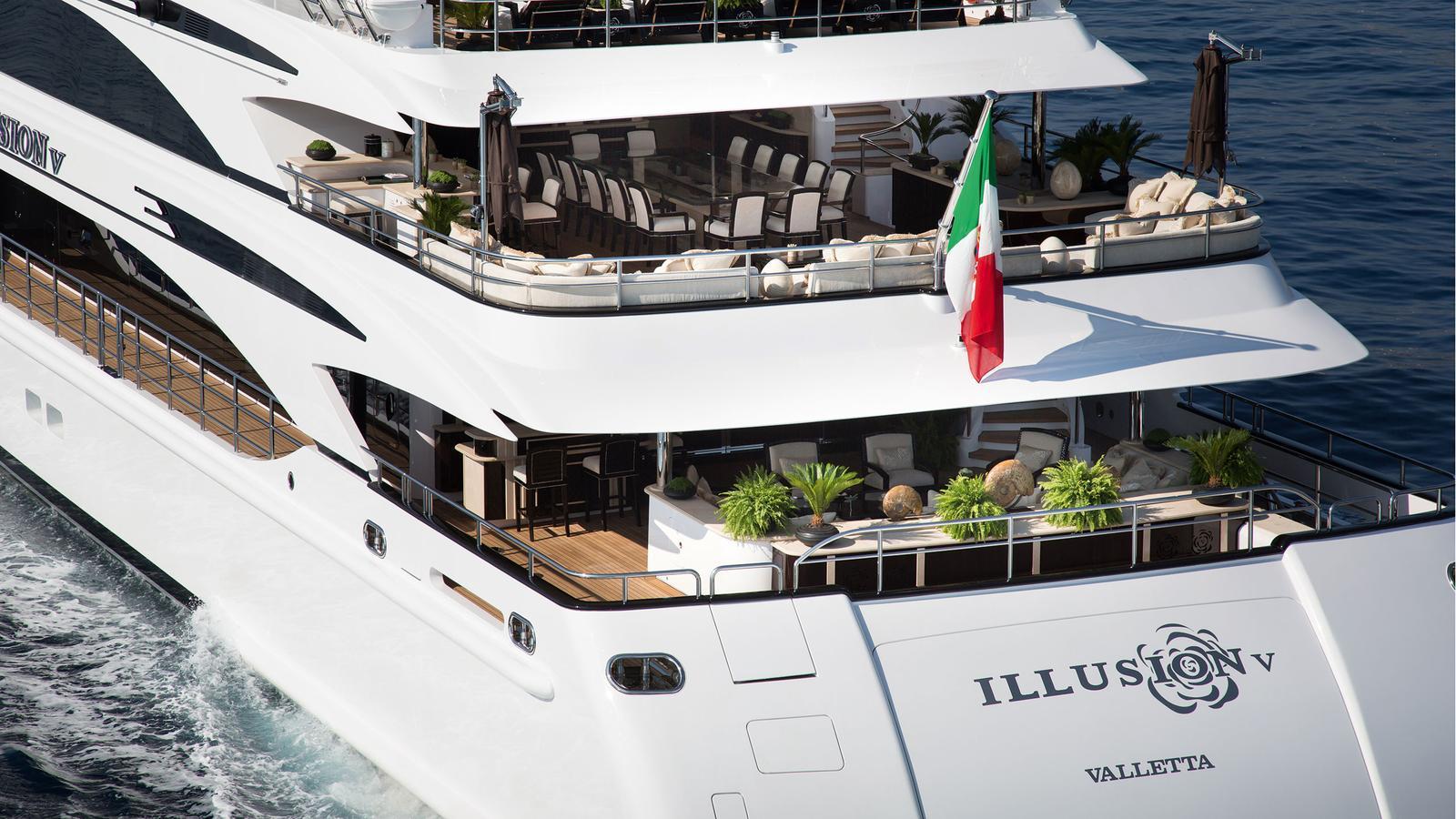 illusion-v-motor-yacht-benetti-2014-58m-stern