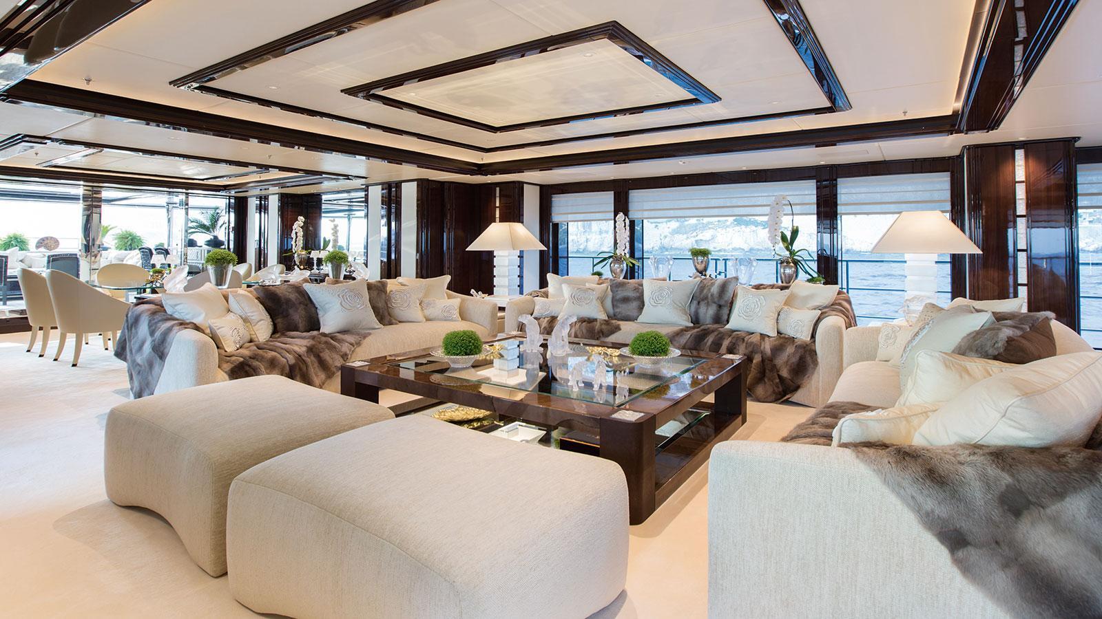 illusion-v-motor-yacht-benetti-2014-58m-saloon
