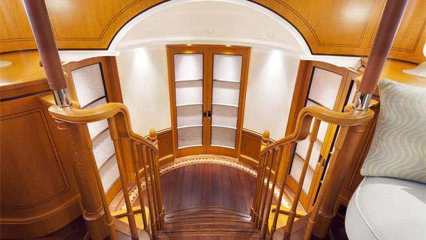 wisp-sailing-yacht-royal-huisman-2014-48m-staircase