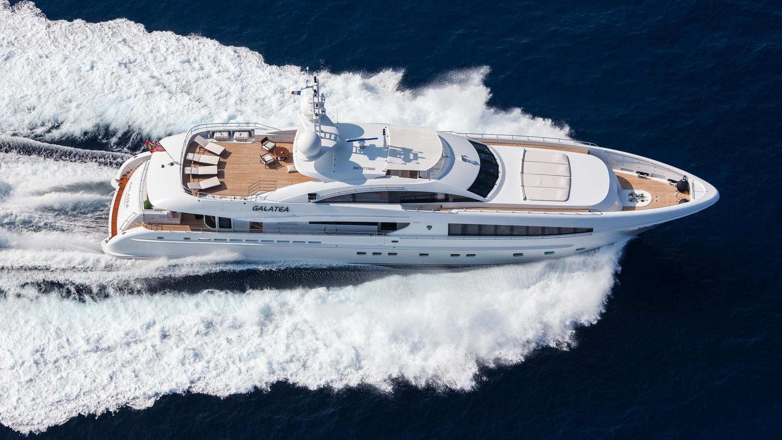 taurica-motor-yacht-heesen-2014-40m-aerial-cruising