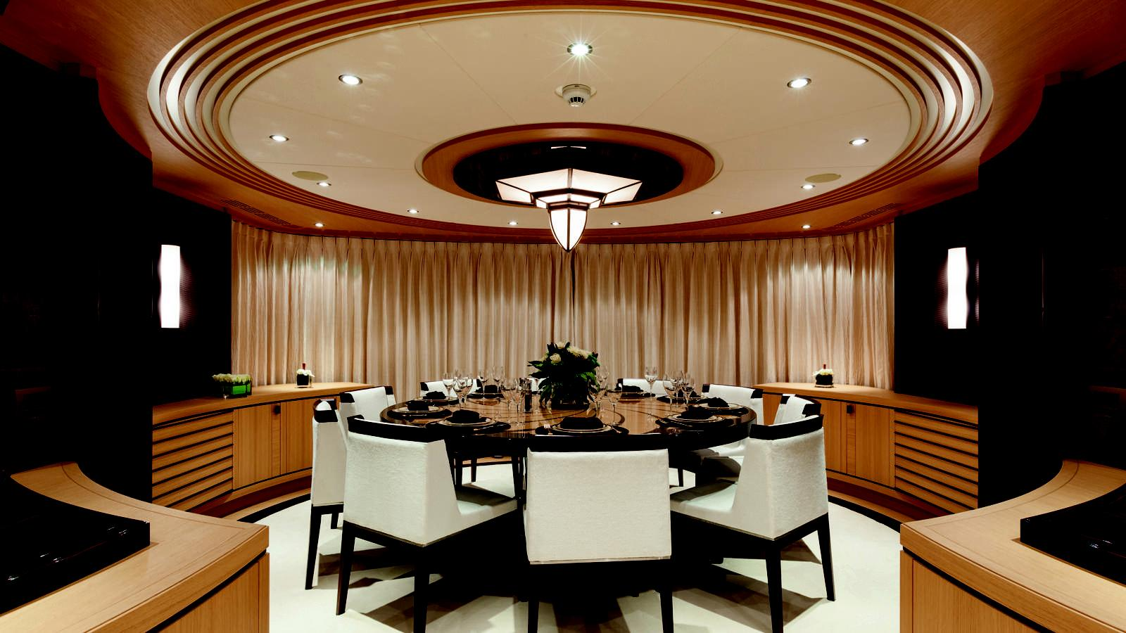 taurica-motor-yacht-heesen-2014-40m-circular-dining-room