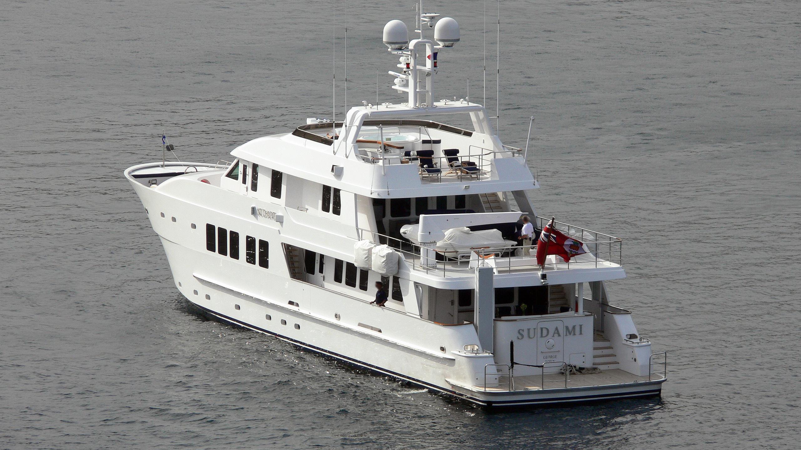 explorer-sudami-motor-yacht-inace-110-2007-34m-stern