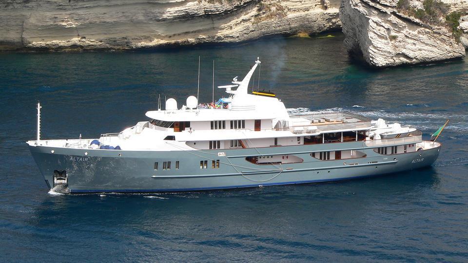 altair-explorer-yacht-amels-1974-59m-cruising