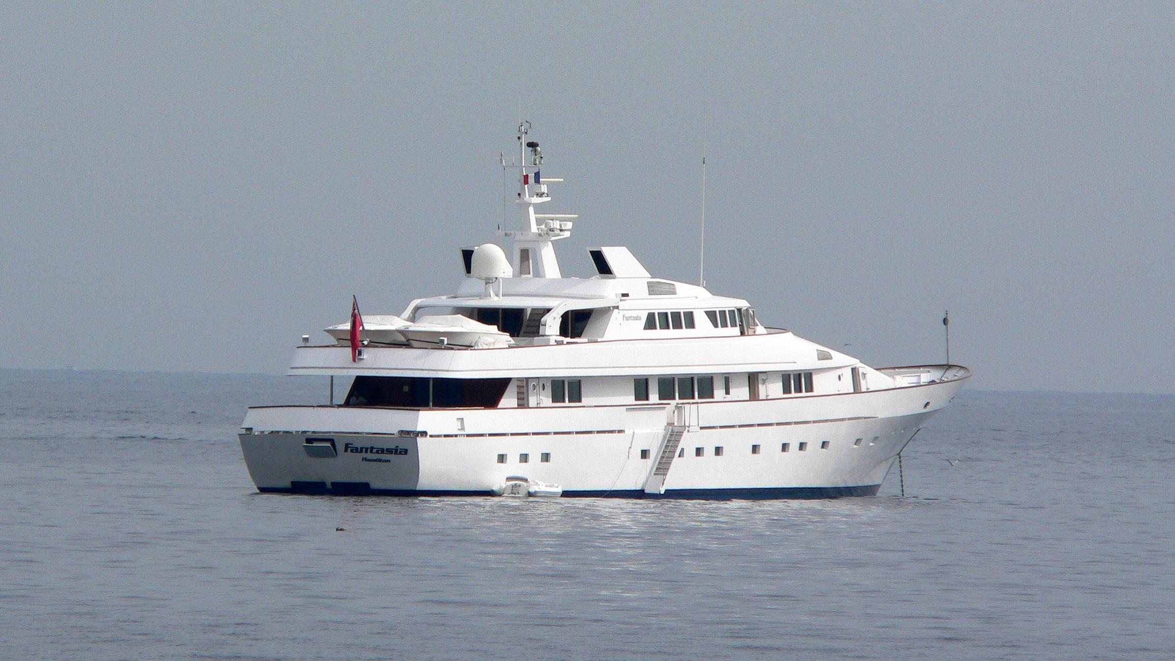 fantasia-motor-yacht-codecasa-1986-50m-stern