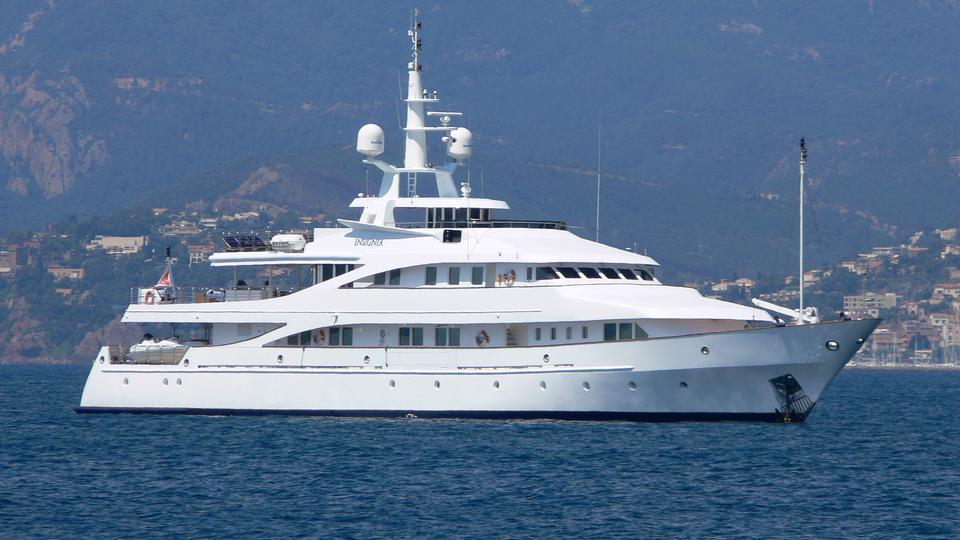 insignia-motor-yacht-elsflether-werft-ag-1979-56m-profile