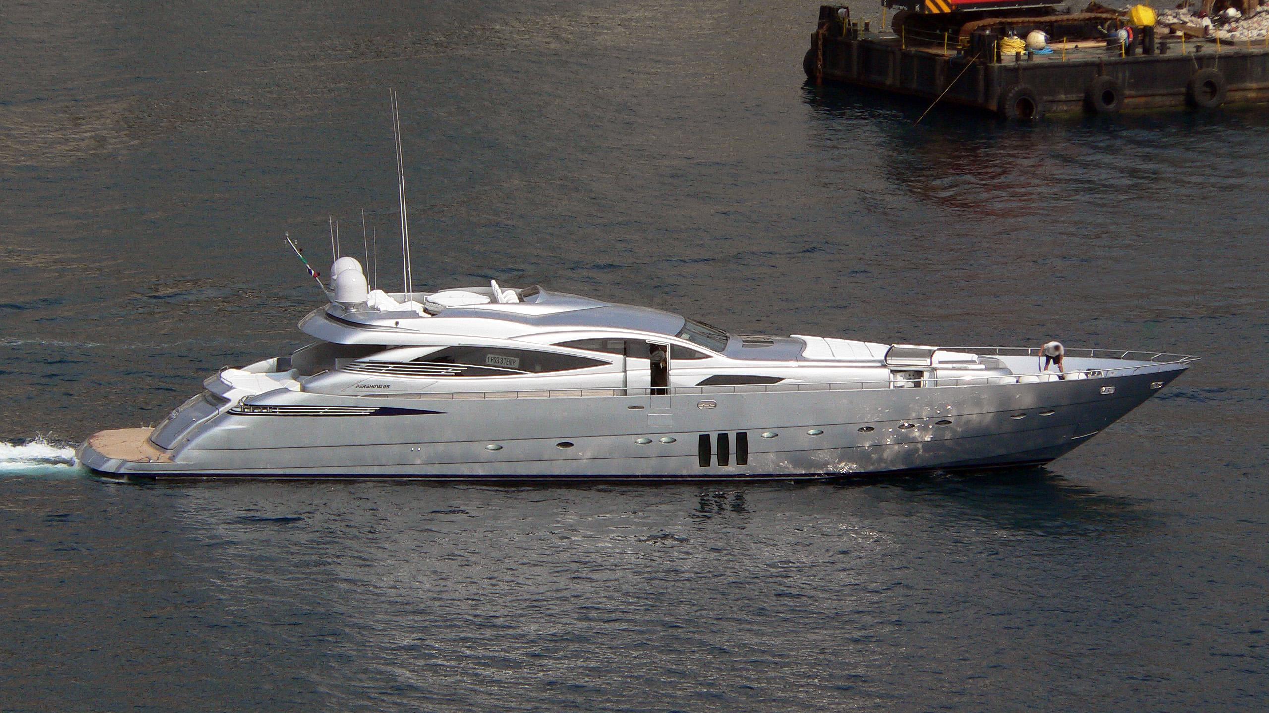 shooting-star-mistral-55-motor-yacht-pershing-115-2006-35m-cruising-half-profile