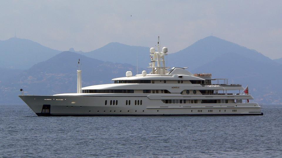 montkaj-motor-yacht-amels-1995-78m-profile