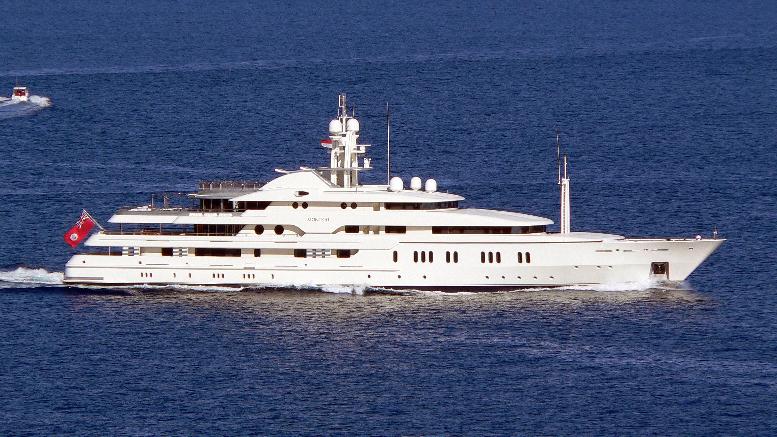 montkaj-motor-yacht-amels-1995-78m-cruising-profile