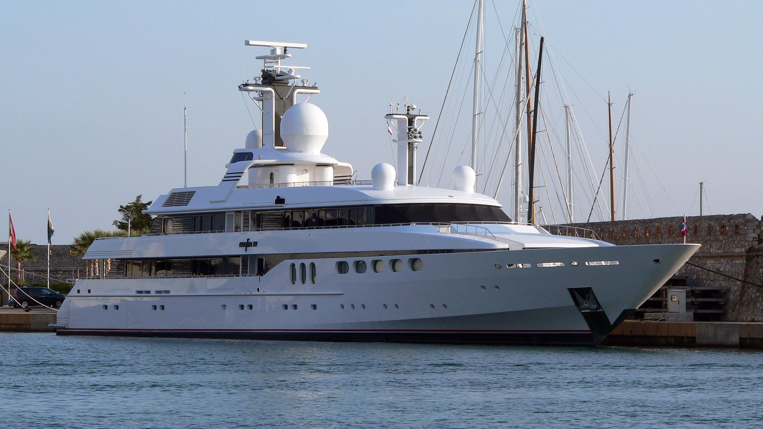 mylin-iv-half-motor-yacht-1992-61m-profile-before-refit