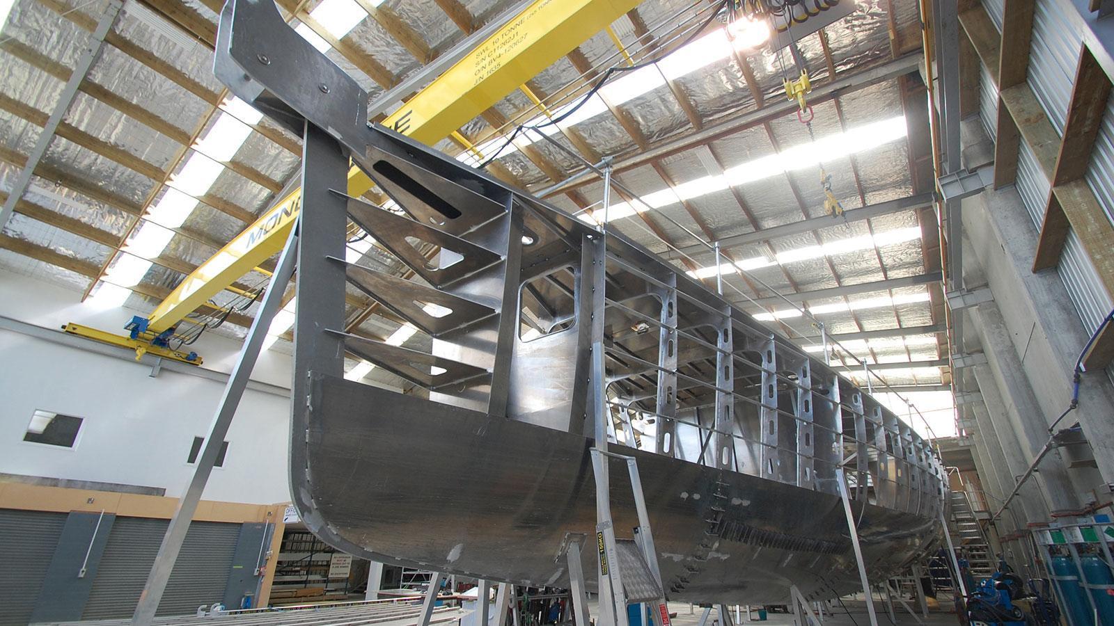 iceberg-motor-yacht-circa-marine-fpb-97-2015-34m-hull